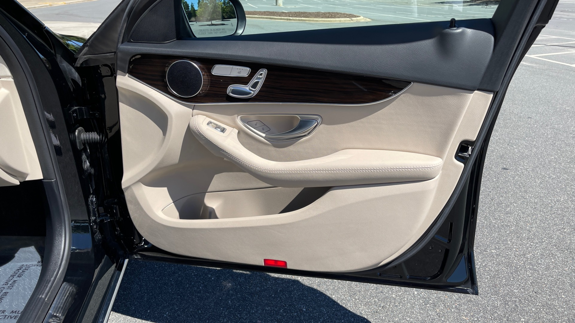 Used 2018 Mercedes-Benz C-CLASS C 300 PREMIUM / APPLE CARPLAY / SUNROOF / REARVIEW for sale $31,995 at Formula Imports in Charlotte NC 28227 54