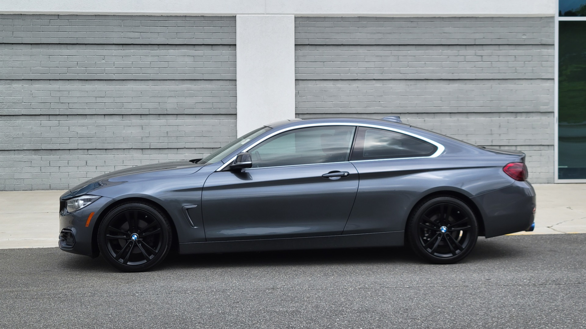 Used 2019 BMW 4 SERIES 430I COUPE 2.0L / RWD / DRVR ASST / CONV PKG / SUNROOF / REARVIEW for sale $32,295 at Formula Imports in Charlotte NC 28227 3