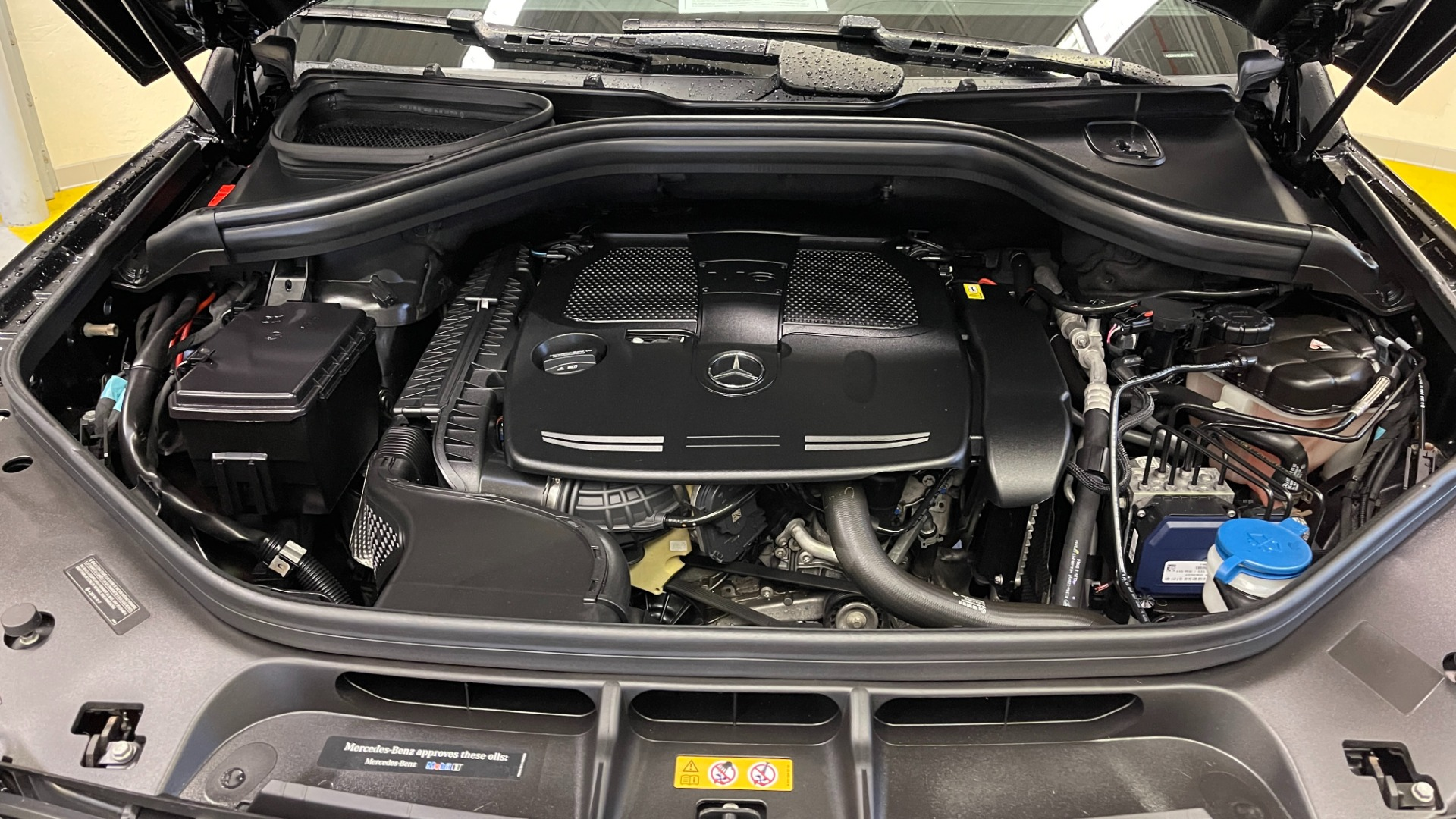 Used 2018 Mercedes-Benz GLE 350 4MATIC / PREMIUM / PRK ASST / H/K SND / KEYLESS-GO / REARVIEW for sale $42,495 at Formula Imports in Charlotte NC 28227 10