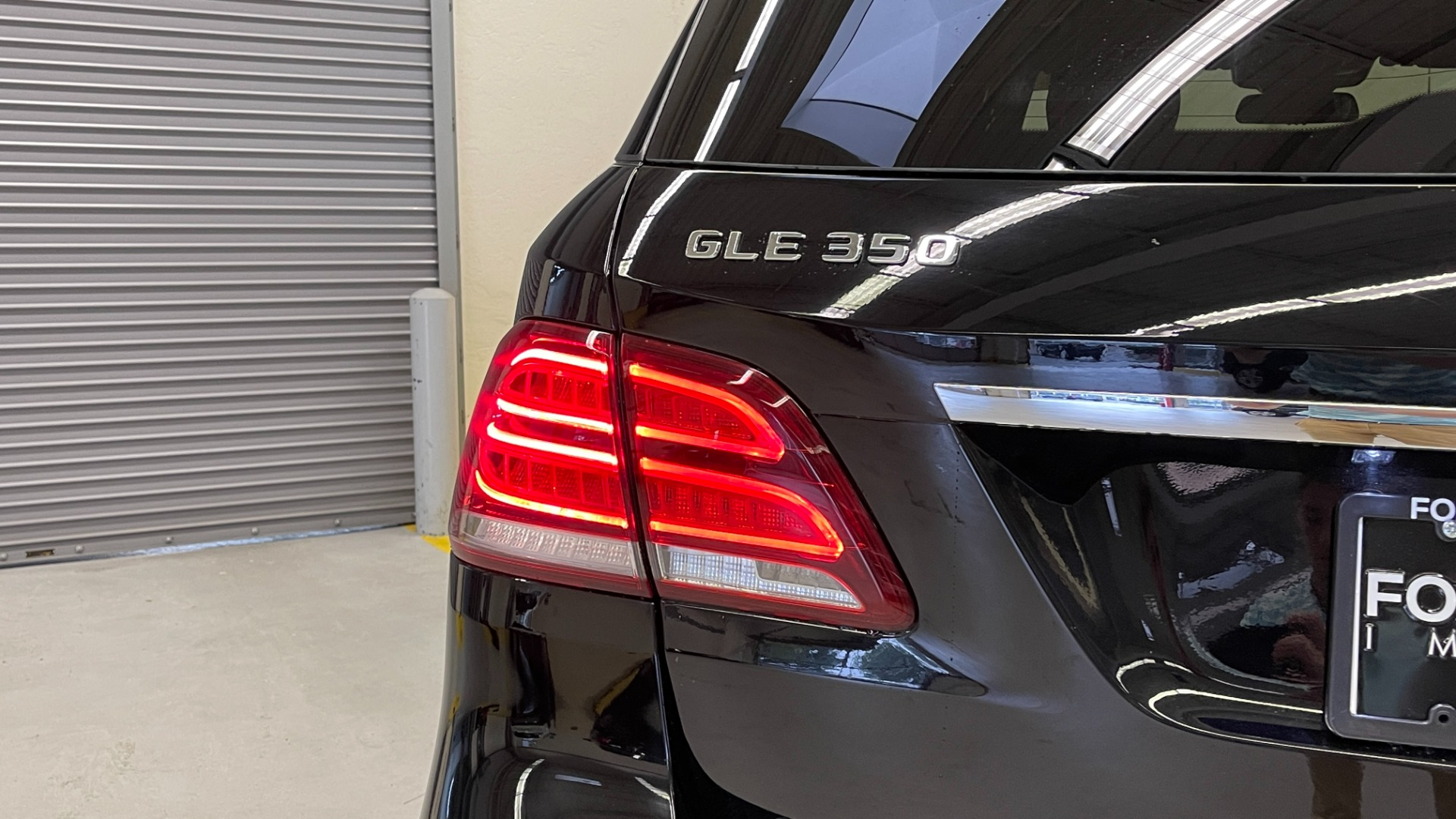 Used 2018 Mercedes-Benz GLE 350 4MATIC / PREMIUM / PRK ASST / H/K SND / KEYLESS-GO / REARVIEW for sale $42,495 at Formula Imports in Charlotte NC 28227 18