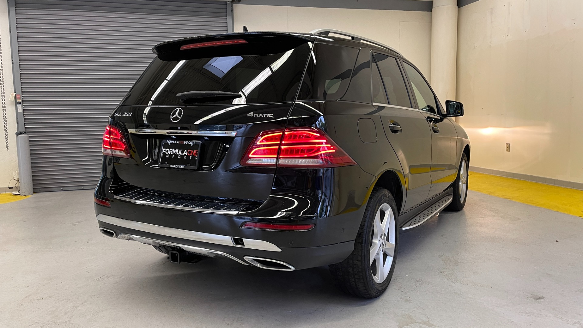 Used 2018 Mercedes-Benz GLE 350 4MATIC / PREMIUM / PRK ASST / H/K SND / KEYLESS-GO / REARVIEW for sale $42,495 at Formula Imports in Charlotte NC 28227 2