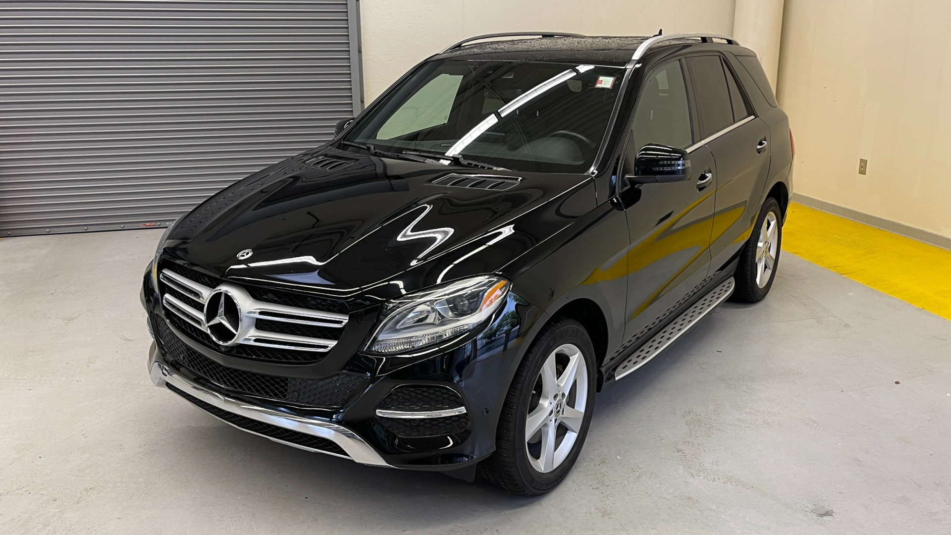 Used 2018 Mercedes-Benz GLE 350 4MATIC / PREMIUM / PRK ASST / H/K SND / KEYLESS-GO / REARVIEW for sale $42,495 at Formula Imports in Charlotte NC 28227 3