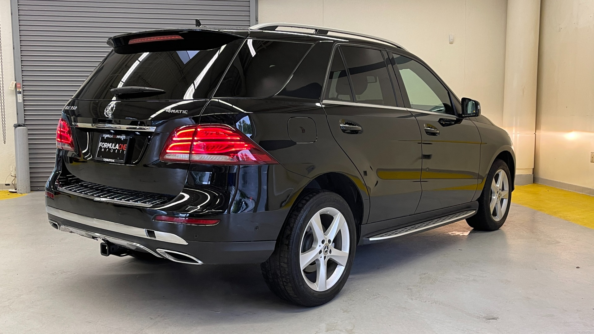Used 2018 Mercedes-Benz GLE 350 4MATIC / PREMIUM / PRK ASST / H/K SND / KEYLESS-GO / REARVIEW for sale $42,495 at Formula Imports in Charlotte NC 28227 4