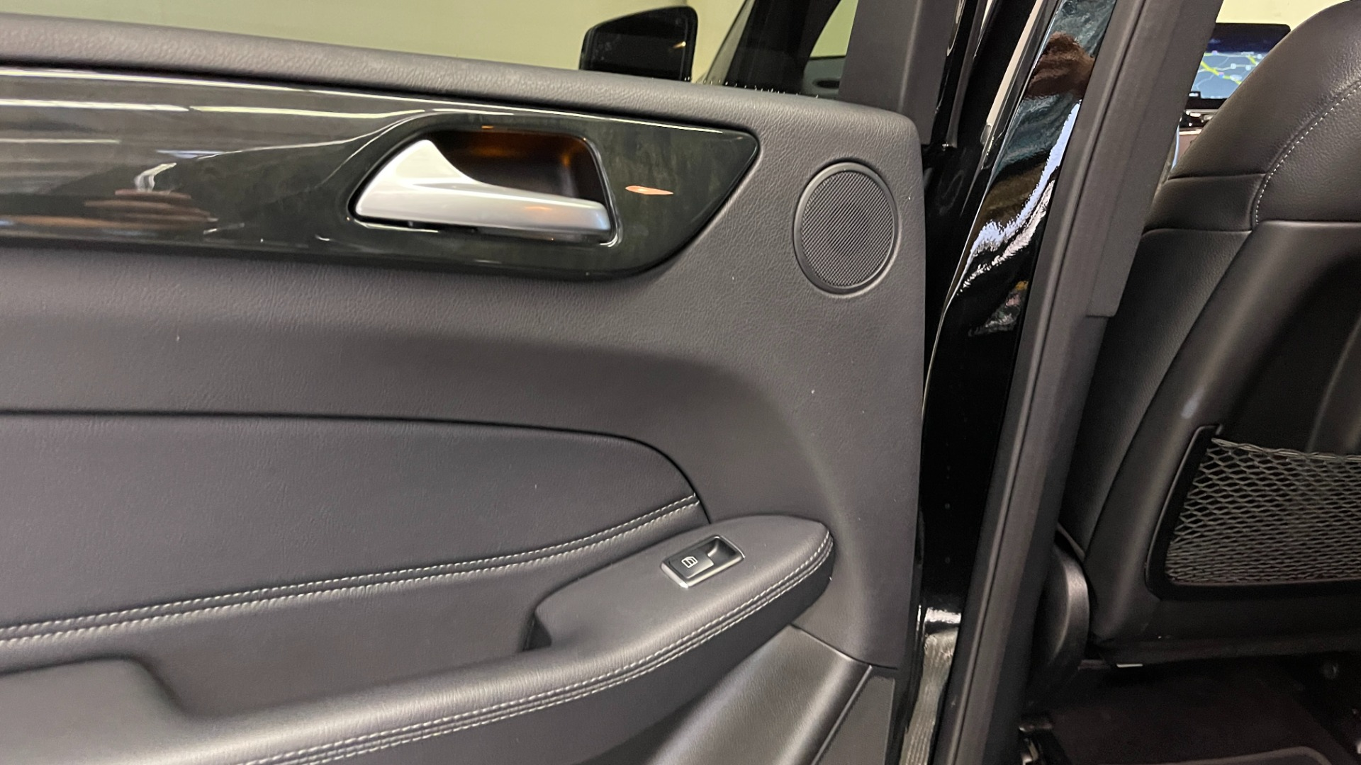 Used 2018 Mercedes-Benz GLE 350 4MATIC / PREMIUM / PRK ASST / H/K SND / KEYLESS-GO / REARVIEW for sale $42,495 at Formula Imports in Charlotte NC 28227 45
