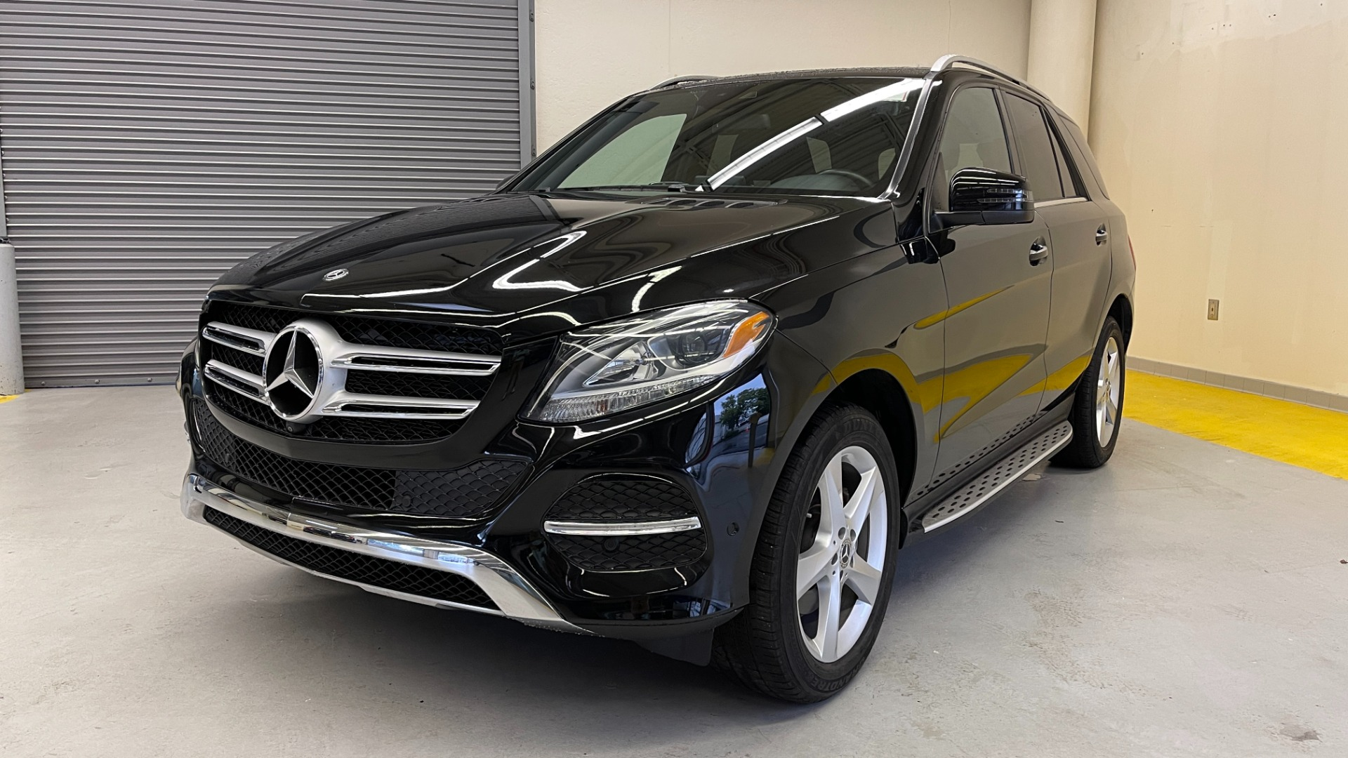 Used 2018 Mercedes-Benz GLE 350 4MATIC / PREMIUM / PRK ASST / H/K SND / KEYLESS-GO / REARVIEW for sale $42,495 at Formula Imports in Charlotte NC 28227 5