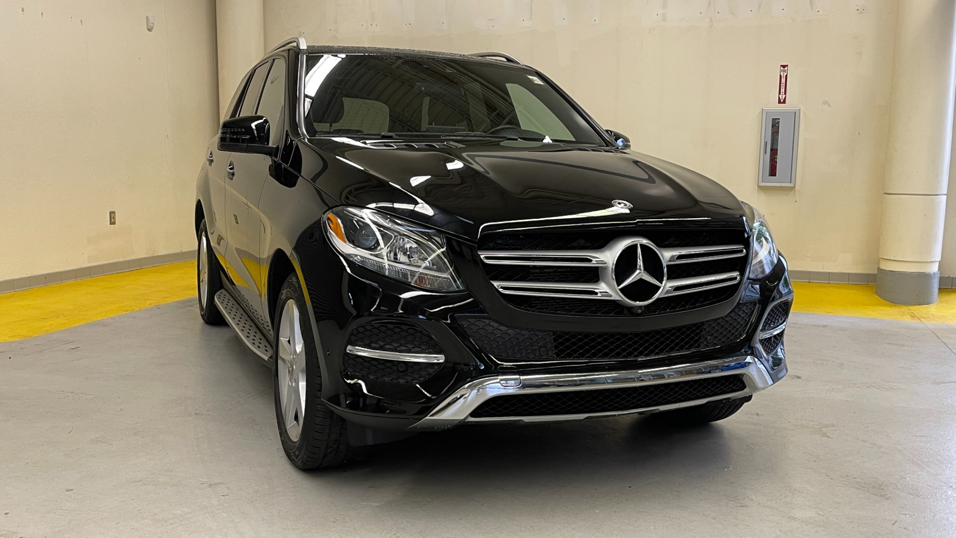 Used 2018 Mercedes-Benz GLE 350 4MATIC / PREMIUM / PRK ASST / H/K SND / KEYLESS-GO / REARVIEW for sale $42,495 at Formula Imports in Charlotte NC 28227 7