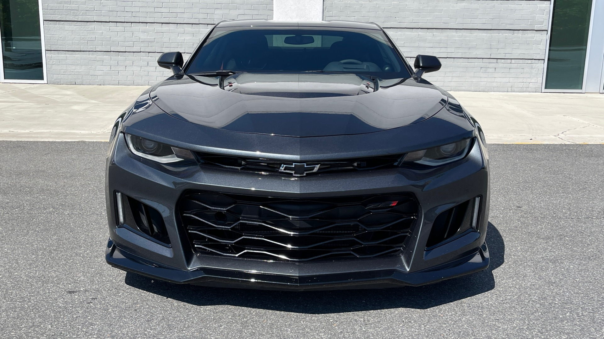 Used 2018 Chevrolet CAMARO ZL1 SUPERCHARGED COUPE 850HP / 10-SPD AUTO / NAV / BOSE / REARVIEW for sale $59,995 at Formula Imports in Charlotte NC 28227 17