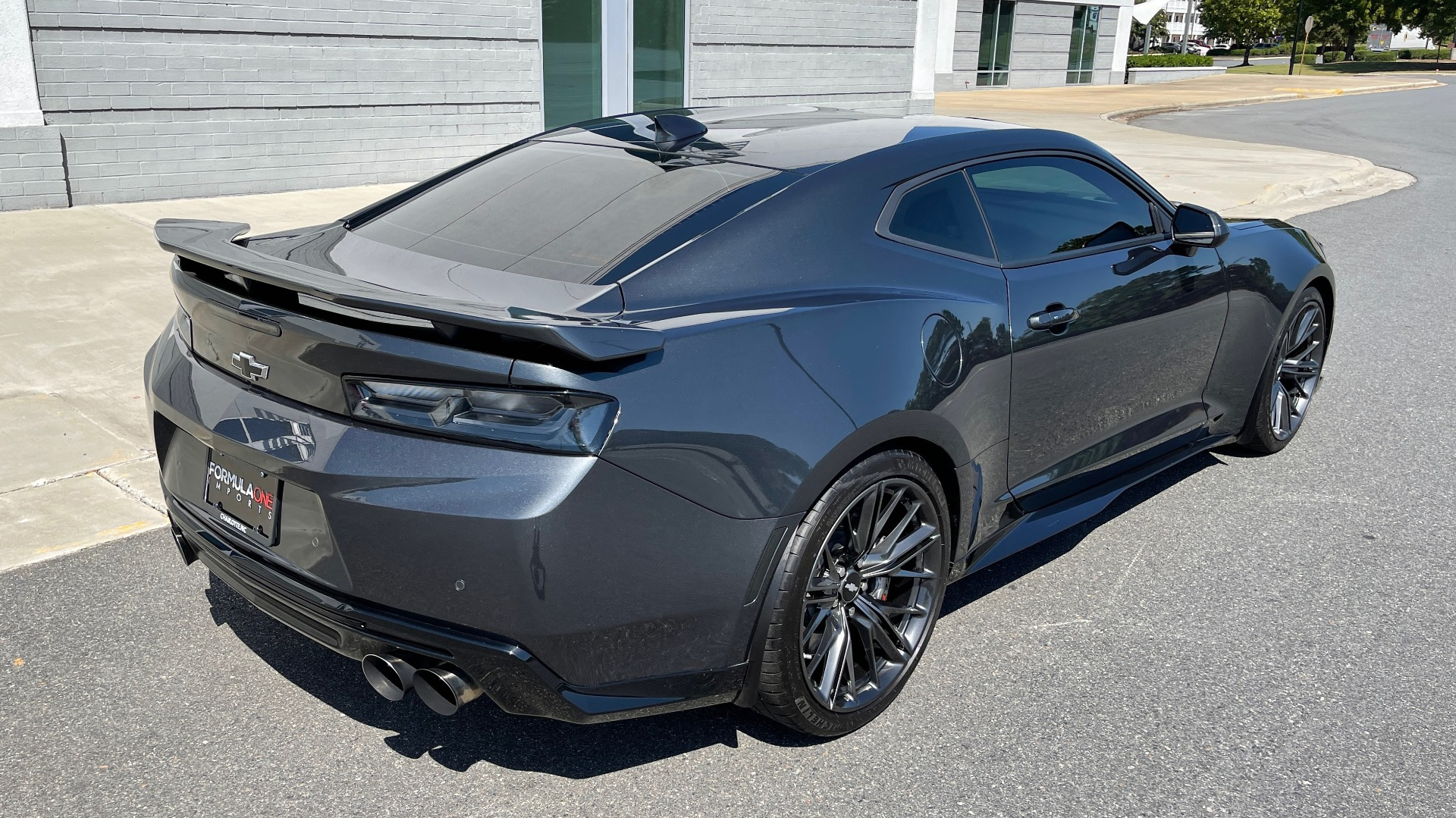Used 2018 Chevrolet CAMARO ZL1 SUPERCHARGED COUPE 850HP / 10-SPD AUTO / NAV / BOSE / REARVIEW for sale $59,995 at Formula Imports in Charlotte NC 28227 2