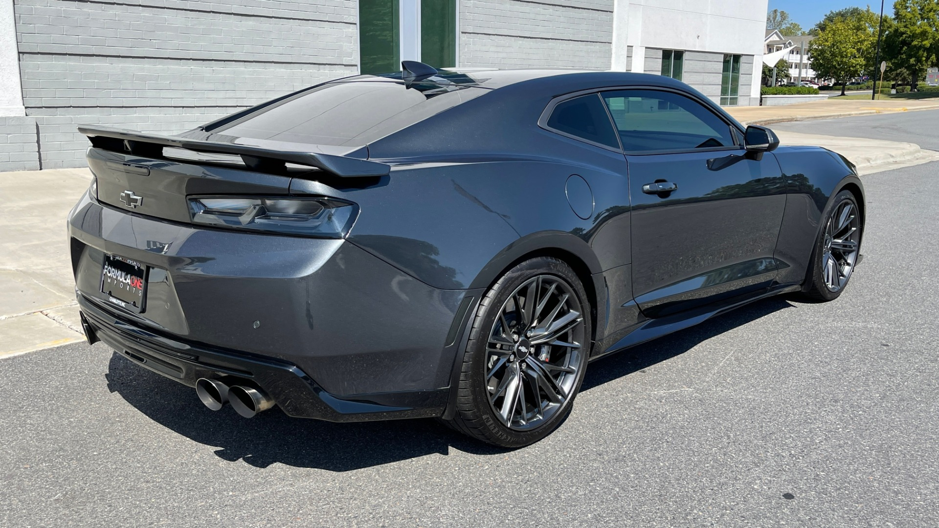 Used 2018 Chevrolet CAMARO ZL1 SUPERCHARGED COUPE 850HP / 10-SPD AUTO / NAV / BOSE / REARVIEW for sale $59,995 at Formula Imports in Charlotte NC 28227 4