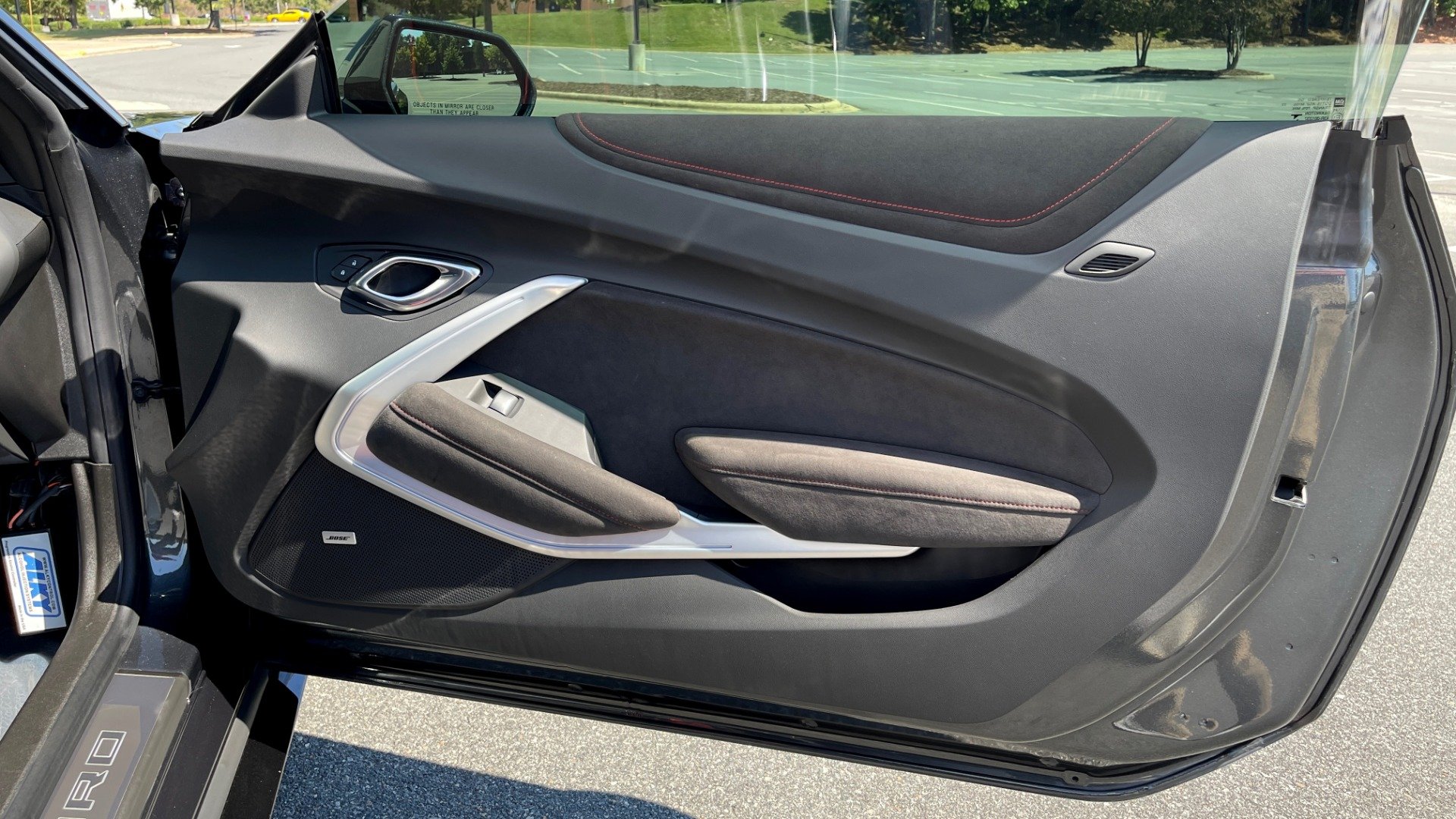 Used 2018 Chevrolet CAMARO ZL1 SUPERCHARGED COUPE 850HP / 10-SPD AUTO / NAV / BOSE / REARVIEW for sale $59,995 at Formula Imports in Charlotte NC 28227 52