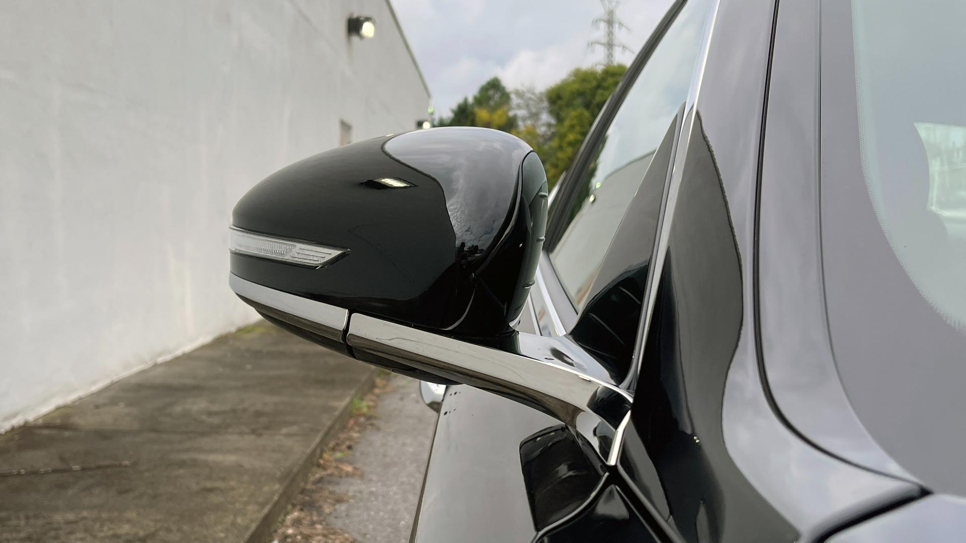 Used 2021 Genesis G70 ELITE 2.0T SEDAN / NAV / LANE ASST / BSA / SUNROOF / LEATHER / REARVIEW for sale $39,995 at Formula Imports in Charlotte NC 28227 10