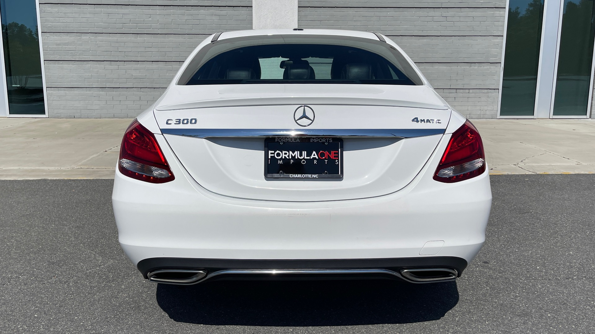 Used 2018 Mercedes-Benz C-CLASS C 300 PREMIUM / APPLE CARPLAY / KEYLESS-GO / SUNROOF / REARVIEW for sale $32,995 at Formula Imports in Charlotte NC 28227 18