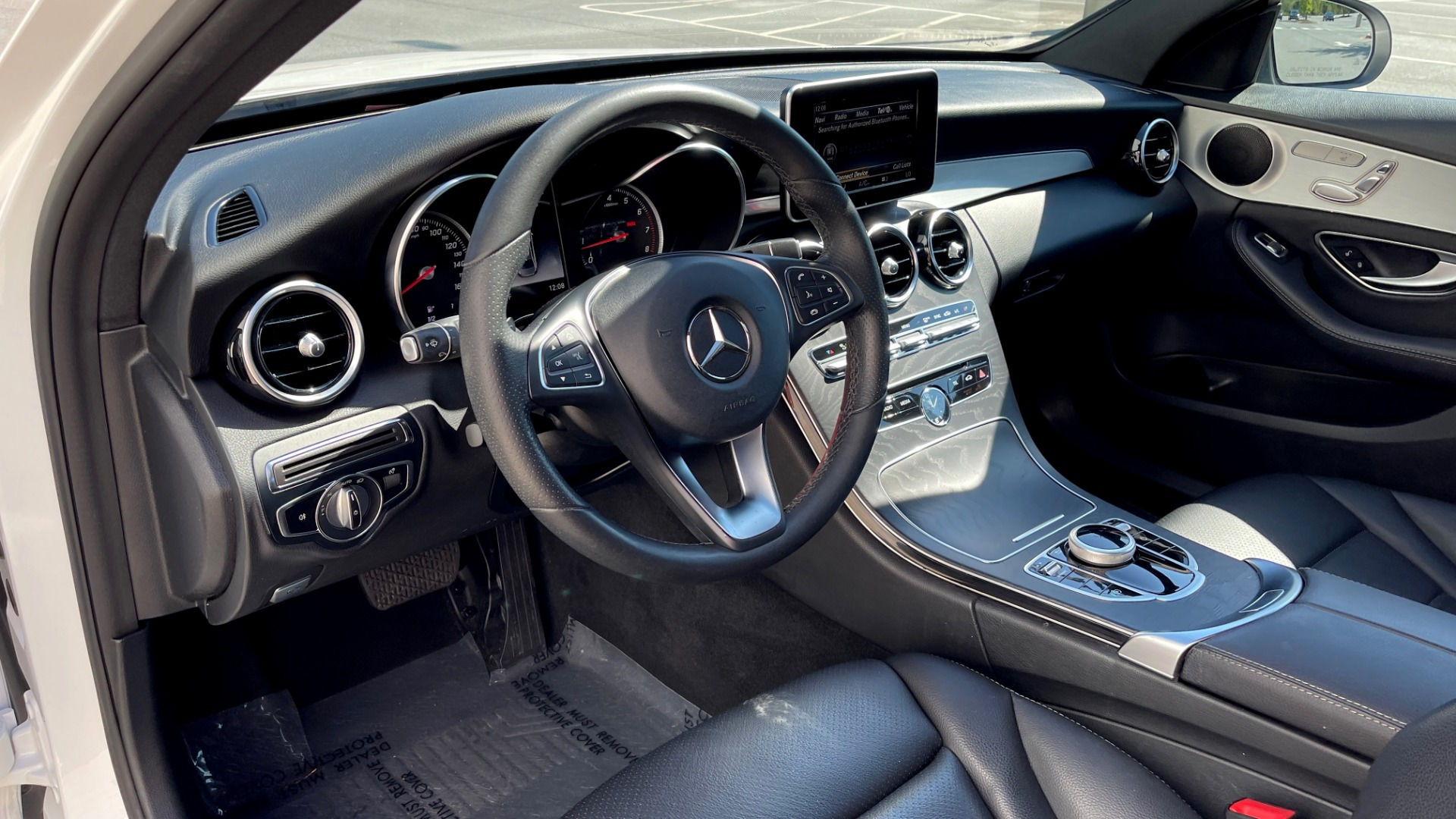 Used 2018 Mercedes-Benz C-CLASS C 300 PREMIUM / APPLE CARPLAY / KEYLESS-GO / SUNROOF / REARVIEW for sale $32,995 at Formula Imports in Charlotte NC 28227 23