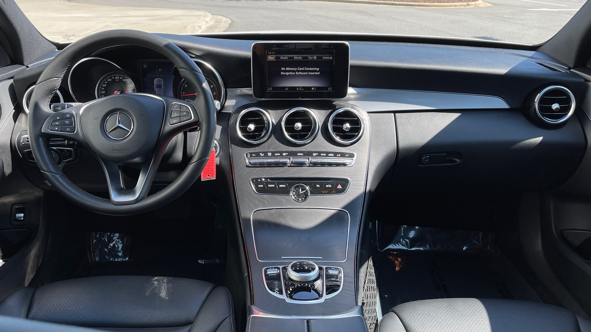 Used 2018 Mercedes-Benz C-CLASS C 300 PREMIUM / APPLE CARPLAY / KEYLESS-GO / SUNROOF / REARVIEW for sale $32,995 at Formula Imports in Charlotte NC 28227 44