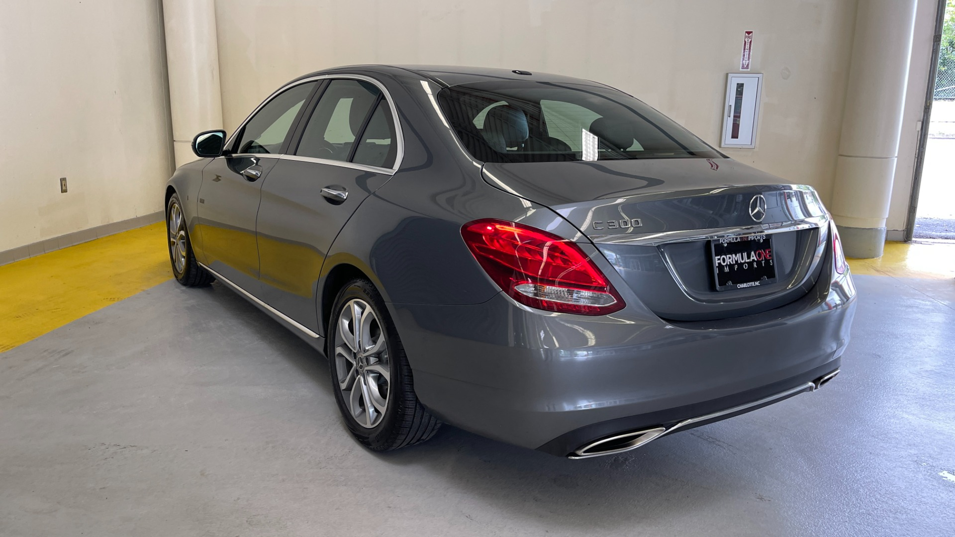 Used 2018 Mercedes-Benz C-CLASS C 300 PREMIUM / SUNROOF / APPLE CARPLAY / HTD STS / REARVIEW for sale $31,795 at Formula Imports in Charlotte NC 28227 6