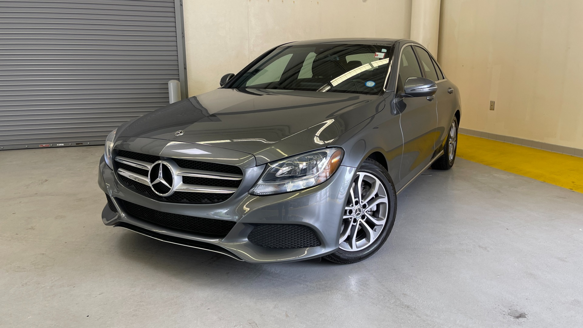 Used 2018 Mercedes-Benz C-CLASS C 300 PREMIUM / SUNROOF / APPLE CARPLAY / HTD STS / REARVIEW for sale $31,795 at Formula Imports in Charlotte NC 28227 1