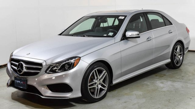 Used 2016 Mercedes-Benz E-CLASS E 350 SPORT / PREMIUM PKG / LANE TRACK / KEYLESS-GO / REARVIEW for sale $25,995 at Formula Imports in Charlotte NC 28227 1