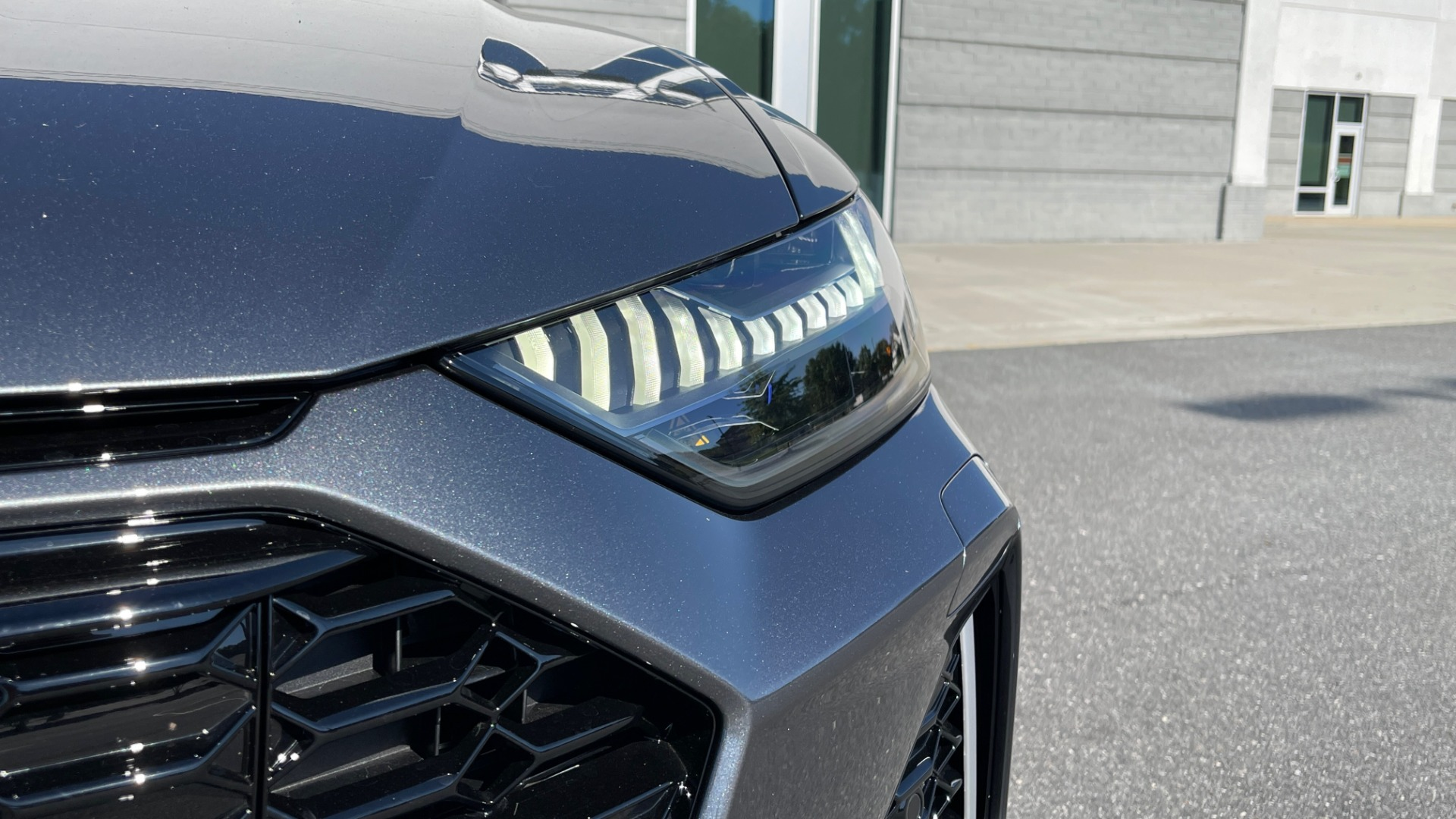 Used 2021 Audi RS 6 AVANT WAGON / EXEC PKG / CARBON OPTIC / B&O SND / DRVR ASST / SPRT EXH for sale Sold at Formula Imports in Charlotte NC 28227 13