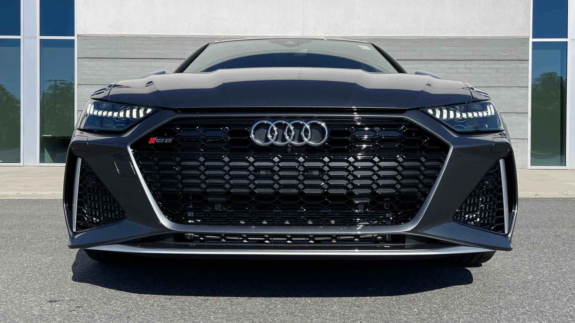 Used 2021 Audi RS 6 AVANT WAGON / EXEC PKG / CARBON OPTIC / B&O SND / DRVR ASST / SPRT EXH for sale Sold at Formula Imports in Charlotte NC 28227 8