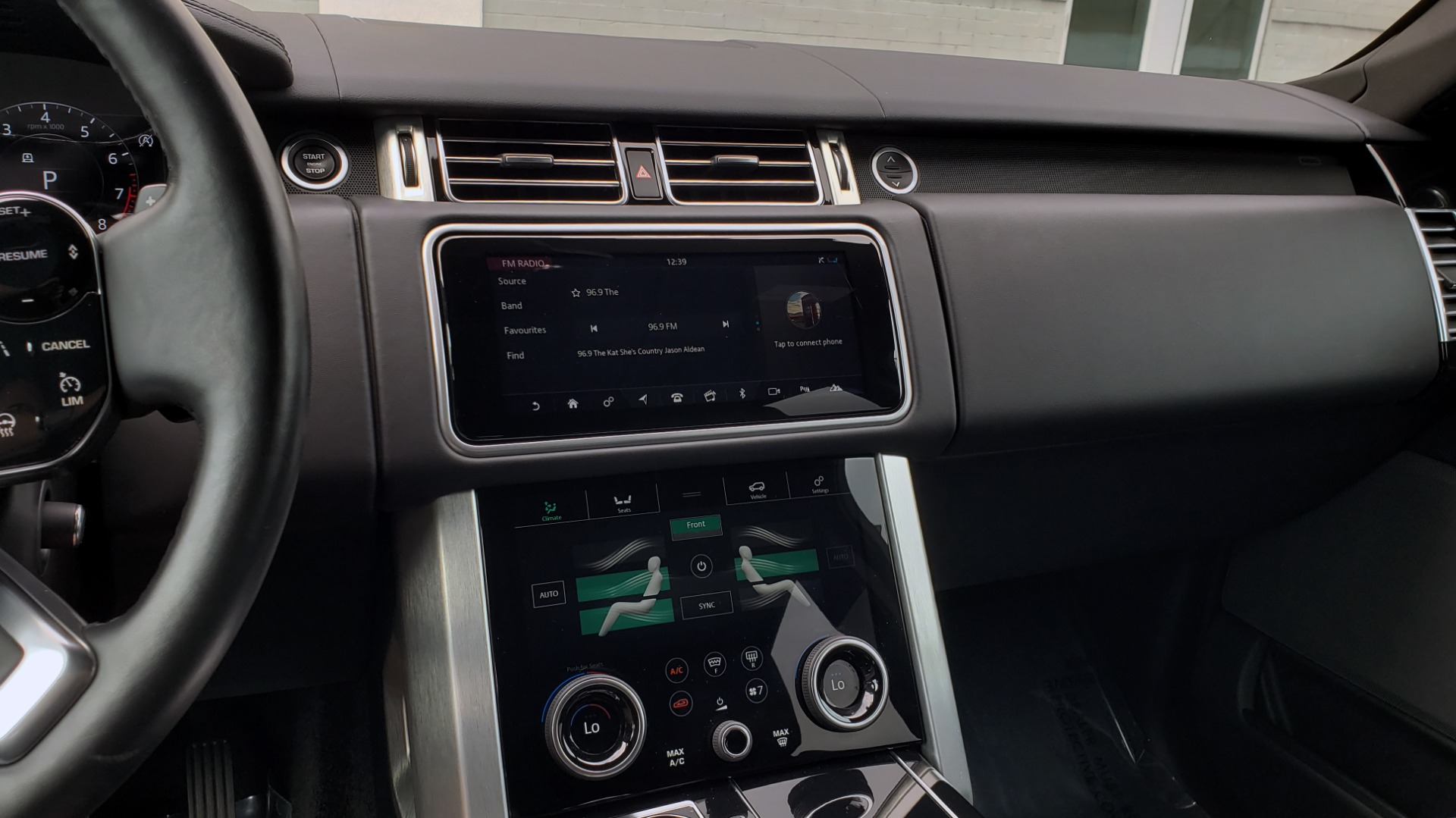 Used 2018 Land Rover RANGE ROVER SUPERCHARGED V8 / DRIVE PRO / NAV / PANO-ROOF / REARVIEW for sale $84,995 at Formula Imports in Charlotte NC 28227 49