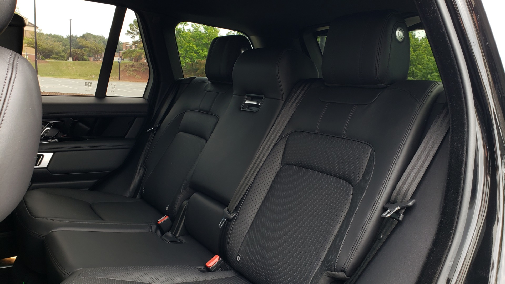 Used 2018 Land Rover RANGE ROVER SUPERCHARGED V8 / DRIVE PRO / NAV / PANO-ROOF / REARVIEW for sale $84,995 at Formula Imports in Charlotte NC 28227 66