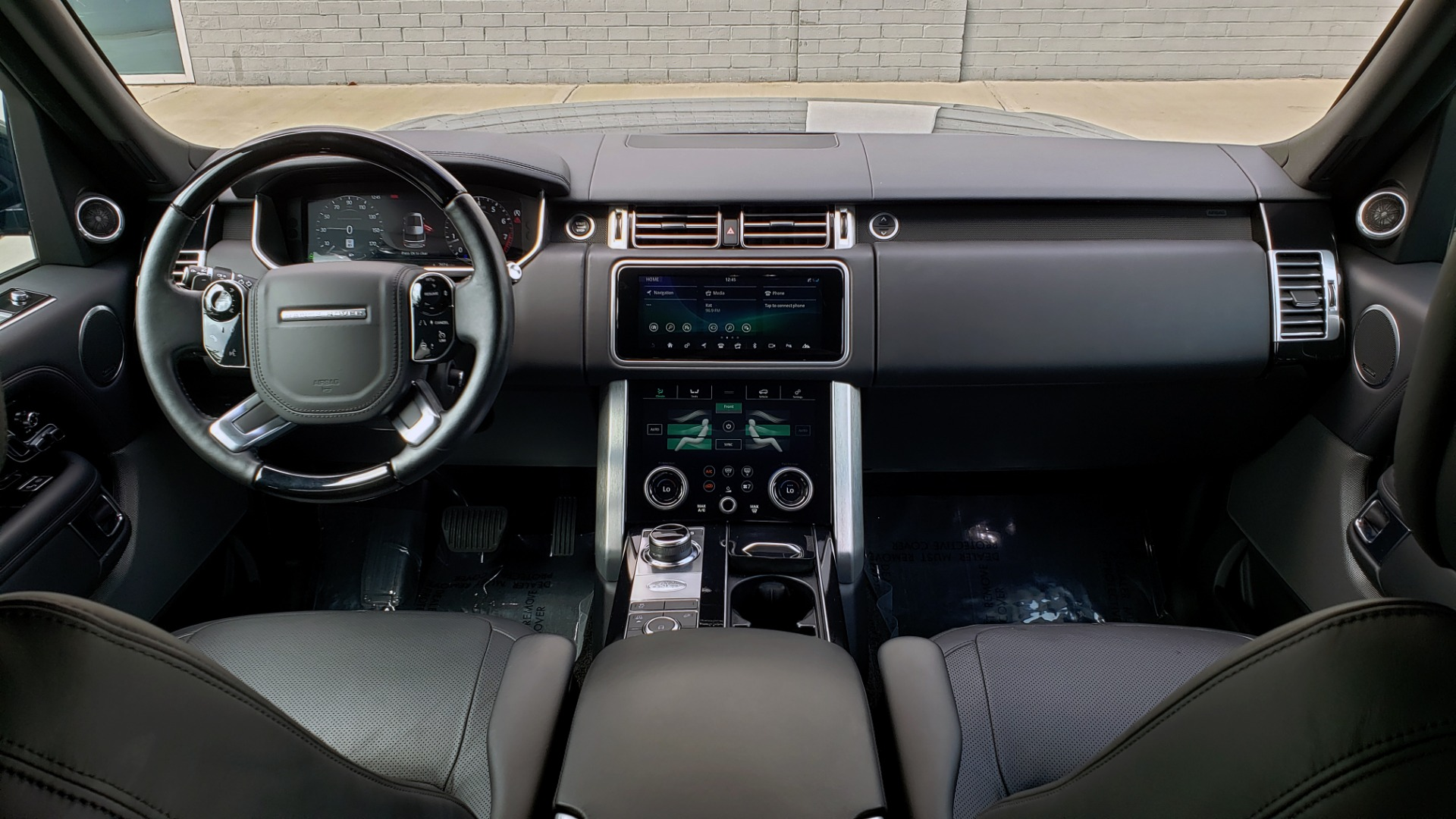 Used 2018 Land Rover RANGE ROVER SUPERCHARGED V8 / DRIVE PRO / NAV / PANO-ROOF / REARVIEW for sale $84,995 at Formula Imports in Charlotte NC 28227 76