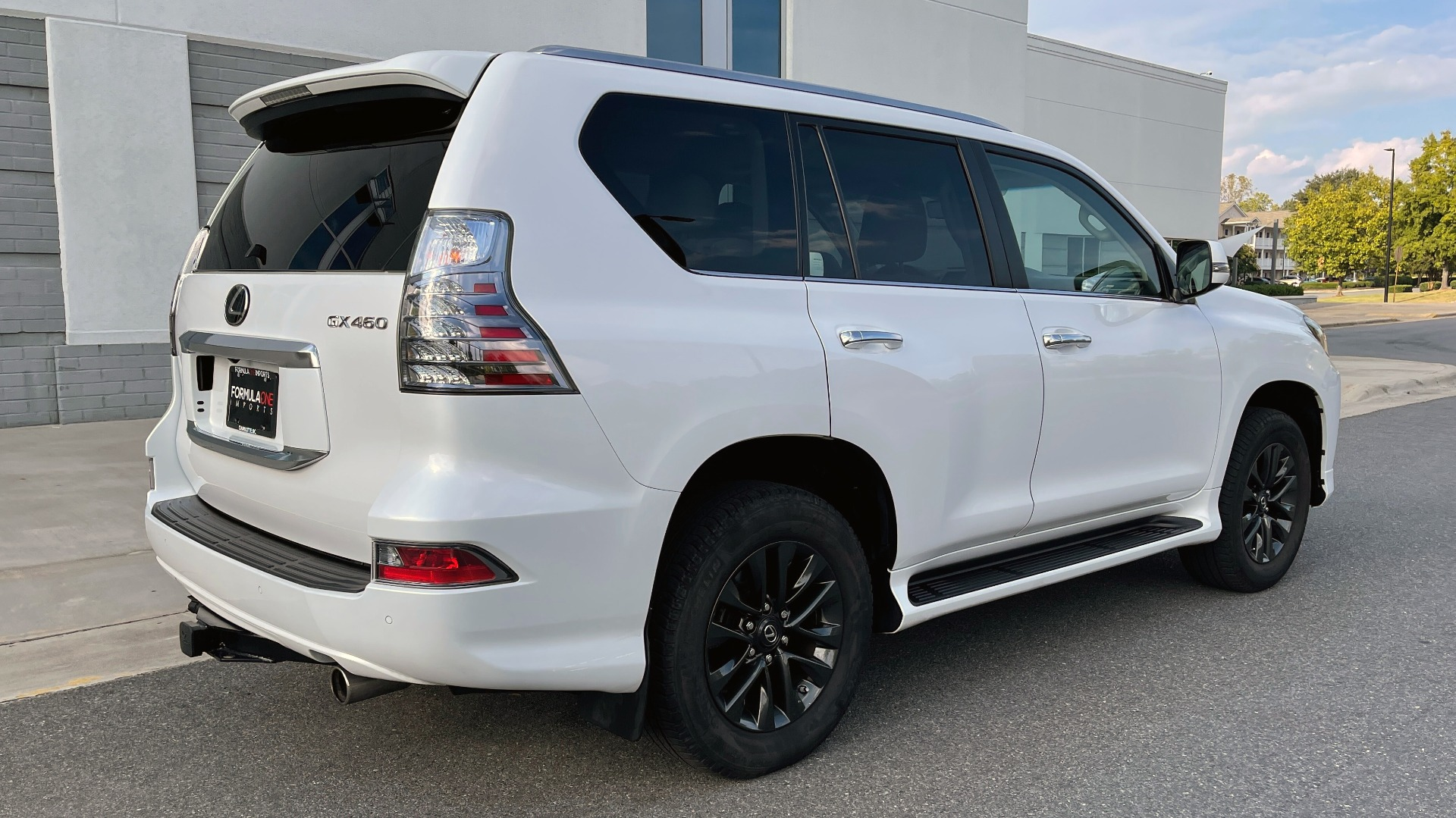 Used 2020 Lexus GX 460 PREMIUM / AWD / NAV / SUNROOF / 3-ROW / REARVIEW for sale $54,495 at Formula Imports in Charlotte NC 28227 2