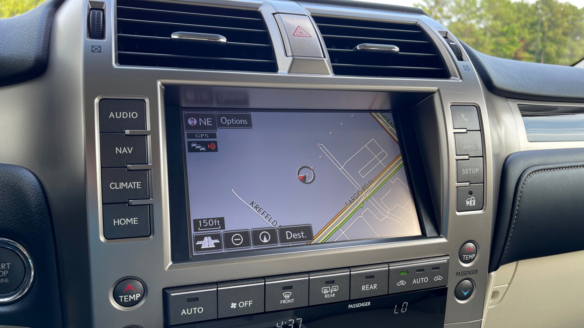 Used 2020 Lexus GX 460 PREMIUM / AWD / NAV / SUNROOF / 3-ROW / REARVIEW for sale $54,495 at Formula Imports in Charlotte NC 28227 40