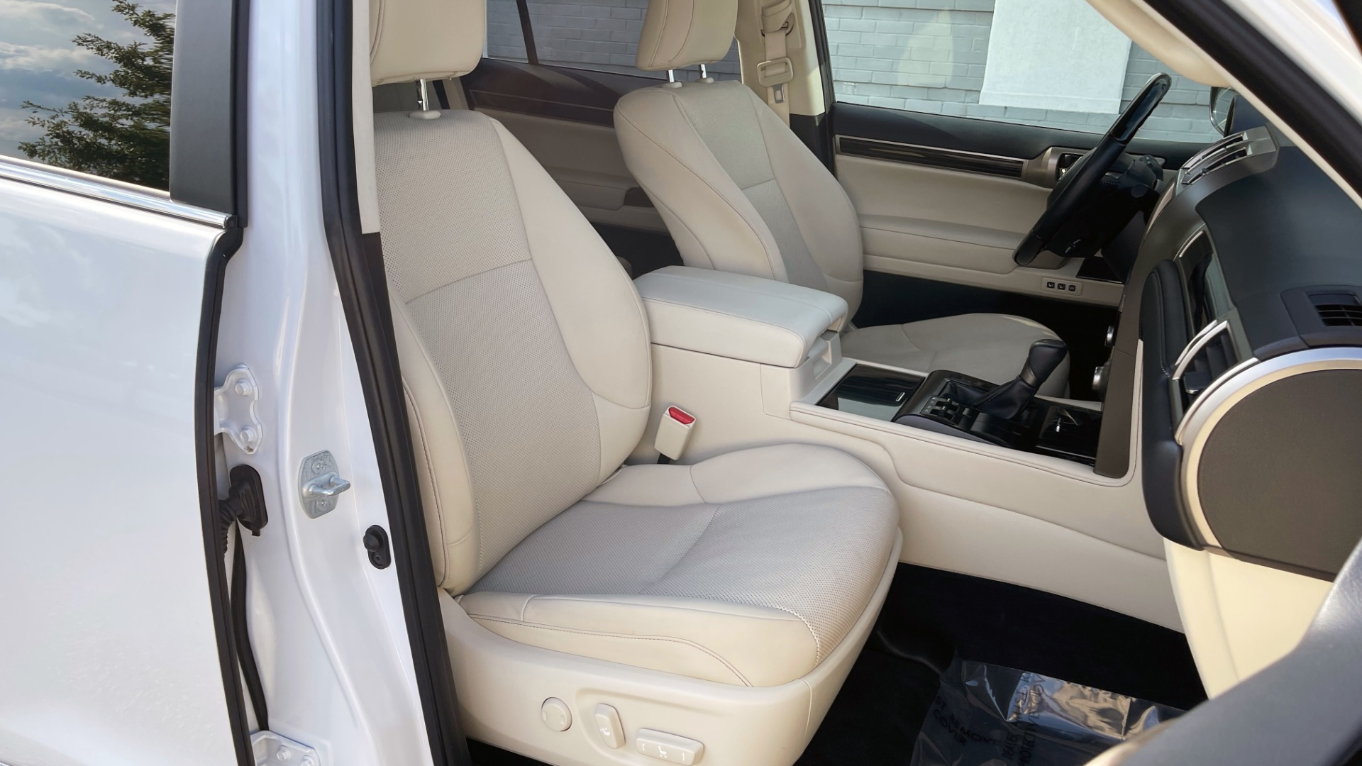 Used 2020 Lexus GX 460 PREMIUM / AWD / NAV / SUNROOF / 3-ROW / REARVIEW for sale $54,495 at Formula Imports in Charlotte NC 28227 65