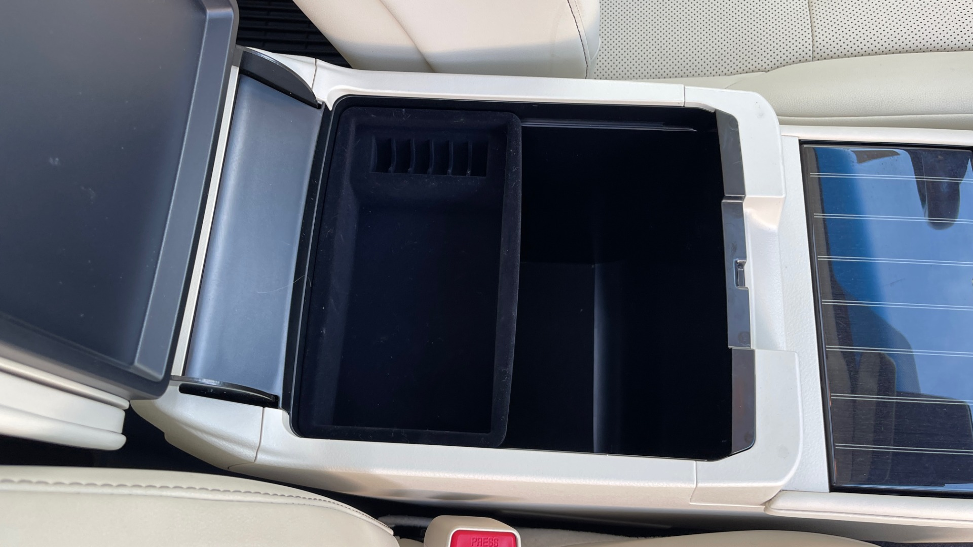Used 2020 Lexus GX 460 PREMIUM / AWD / NAV / SUNROOF / 3-ROW / REARVIEW for sale $54,495 at Formula Imports in Charlotte NC 28227 67