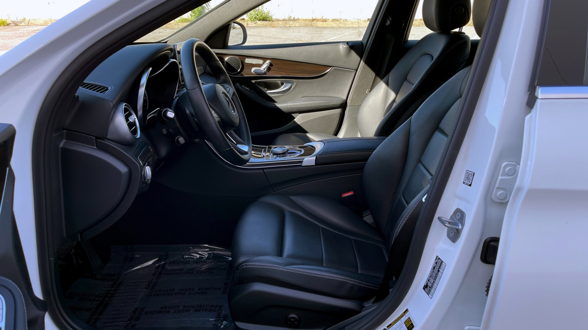 Used 2018 Mercedes-Benz C-CLASS C 300 4MATIC PREMIUM / SMARTPHONE INTEG / PANO-ROOF / REARVIEW for sale $30,995 at Formula Imports in Charlotte NC 28227 27
