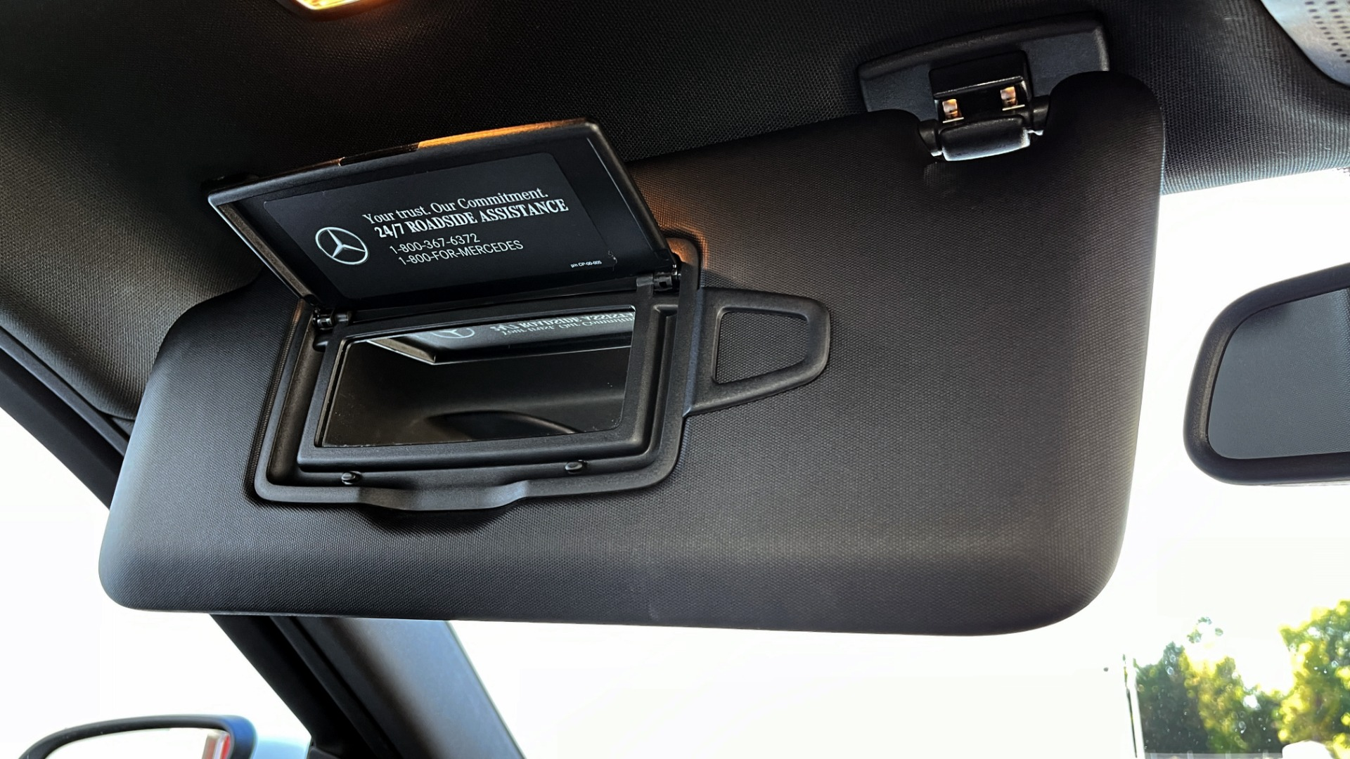 Used 2018 Mercedes-Benz C-CLASS C 300 4MATIC PREMIUM / SMARTPHONE INTEG / PANO-ROOF / REARVIEW for sale $30,995 at Formula Imports in Charlotte NC 28227 43