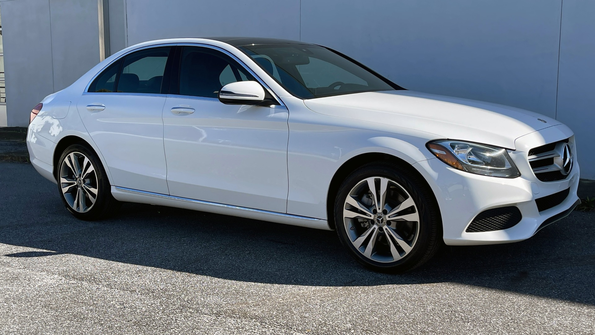 Used 2018 Mercedes-Benz C-CLASS C 300 4MATIC PREMIUM / SMARTPHONE INTEG / PANO-ROOF / REARVIEW for sale $30,995 at Formula Imports in Charlotte NC 28227 7