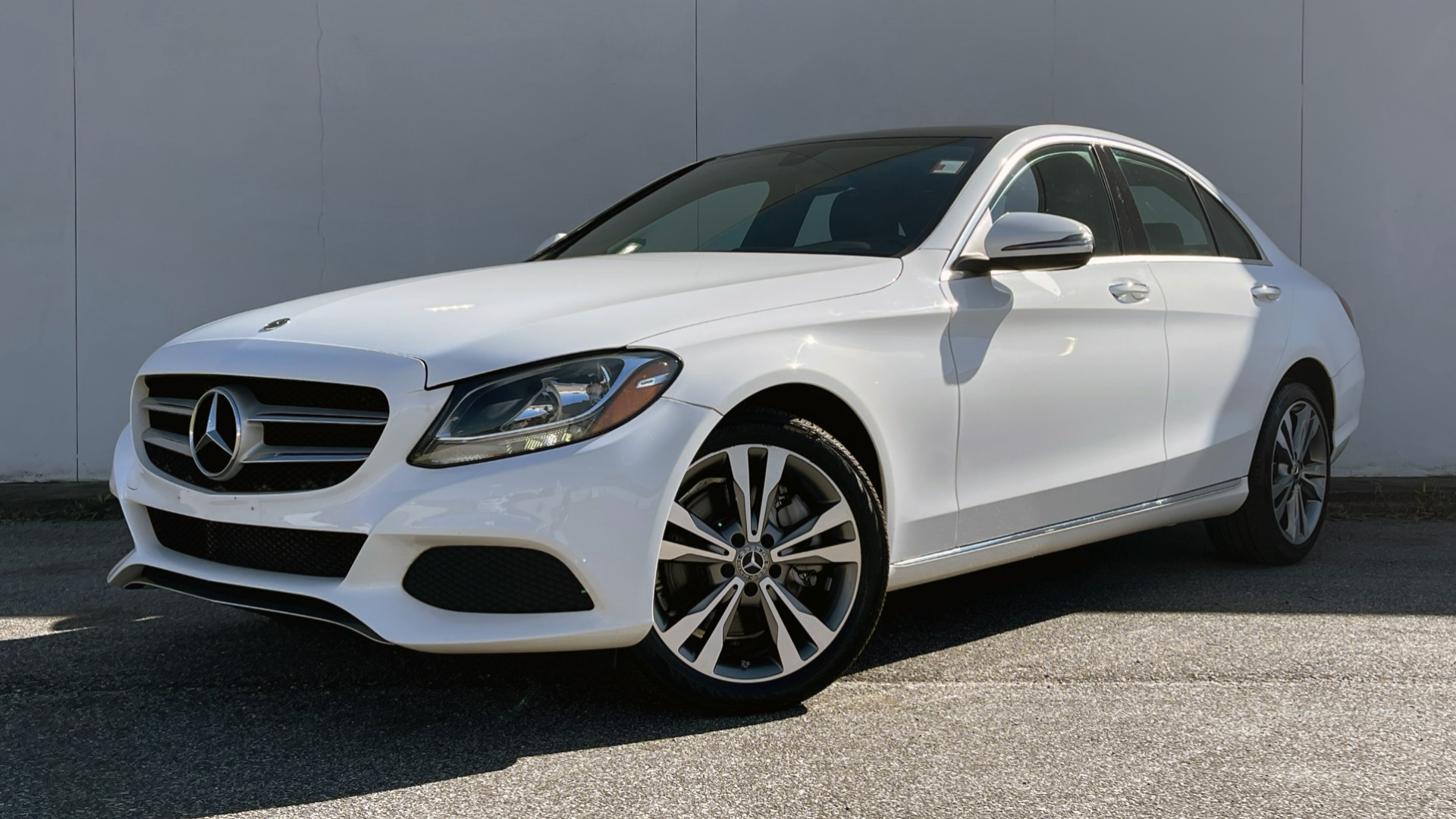 Used 2018 Mercedes-Benz C-CLASS C 300 4MATIC PREMIUM / SMARTPHONE INTEG / PANO-ROOF / REARVIEW for sale $30,995 at Formula Imports in Charlotte NC 28227 1