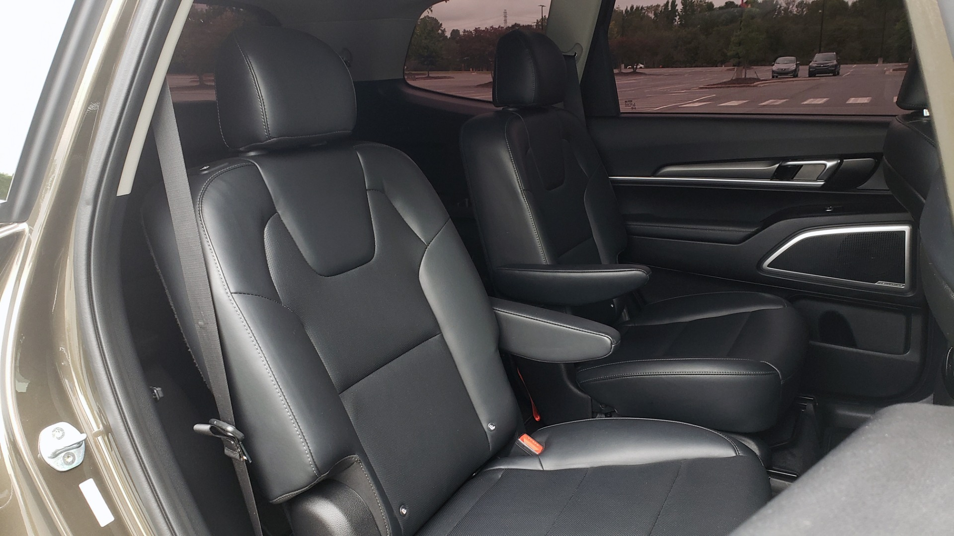 Used 2020 Kia TELLURIDE S 3.8L / FWD / 8-SPD AUTO / SUNROOF / REARVIEW / 20INCH WHEELS for sale $41,595 at Formula Imports in Charlotte NC 28227 75