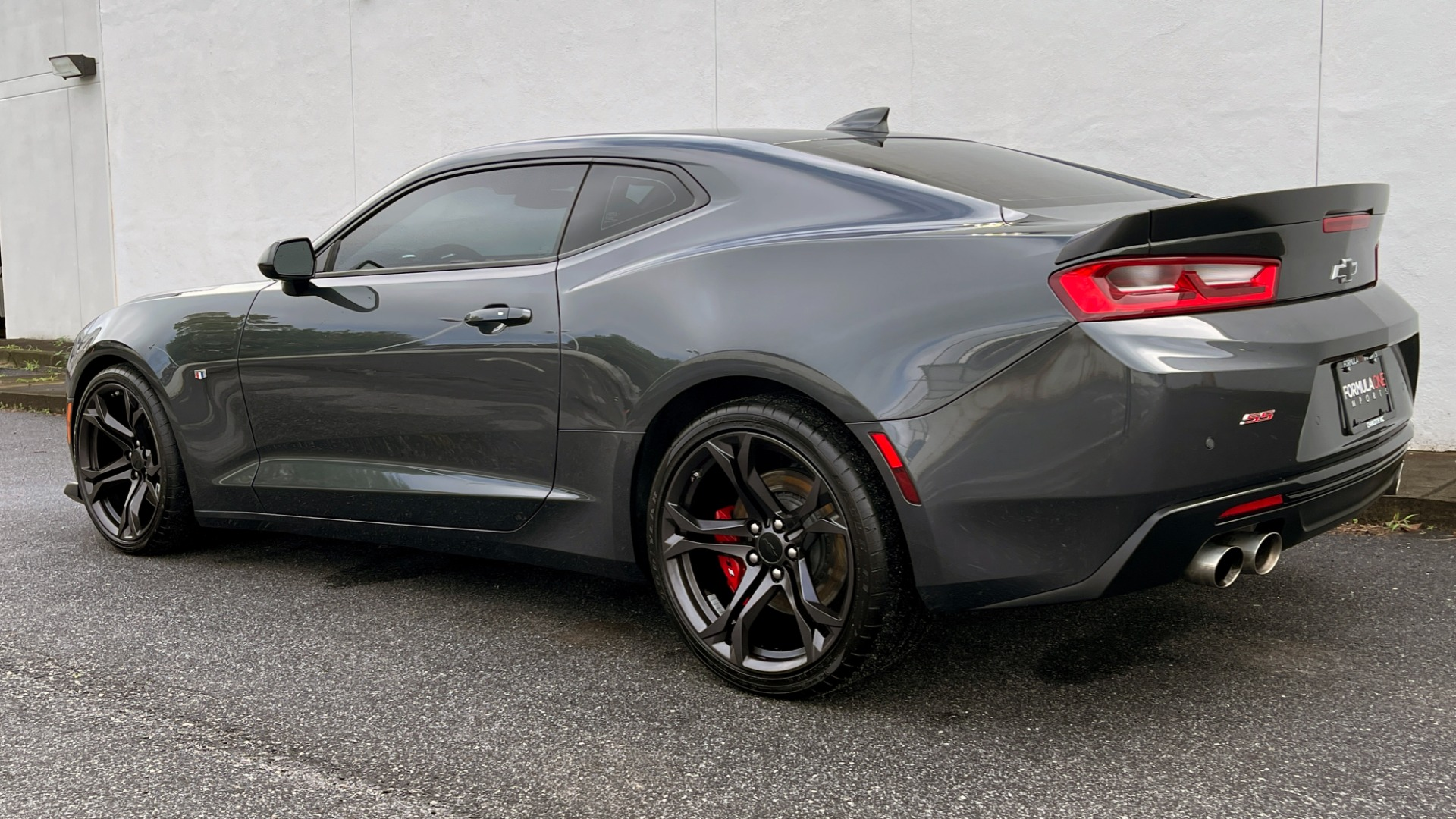 Used 2018 Chevrolet CAMARO 2SS / 6.2L V8 / MANUAL / 1LE TRACK PKG / NAV / BOSE / REARVIEW for sale $39,795 at Formula Imports in Charlotte NC 28227 7