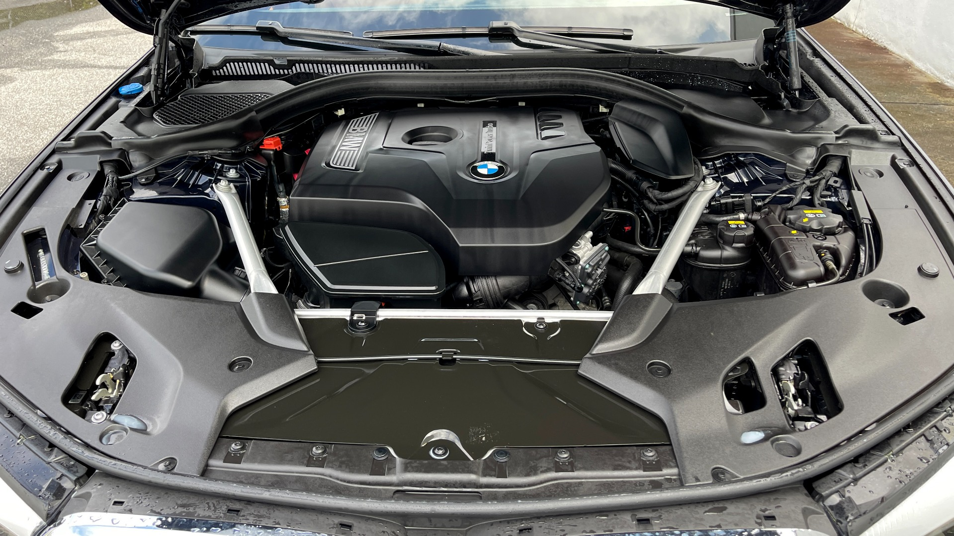 Used 2019 BMW 5 SERIES 530I XDRIVE / CONV PKG / PDC / NAV / SUNROOF / HTD STS / REARIEW for sale $39,595 at Formula Imports in Charlotte NC 28227 15