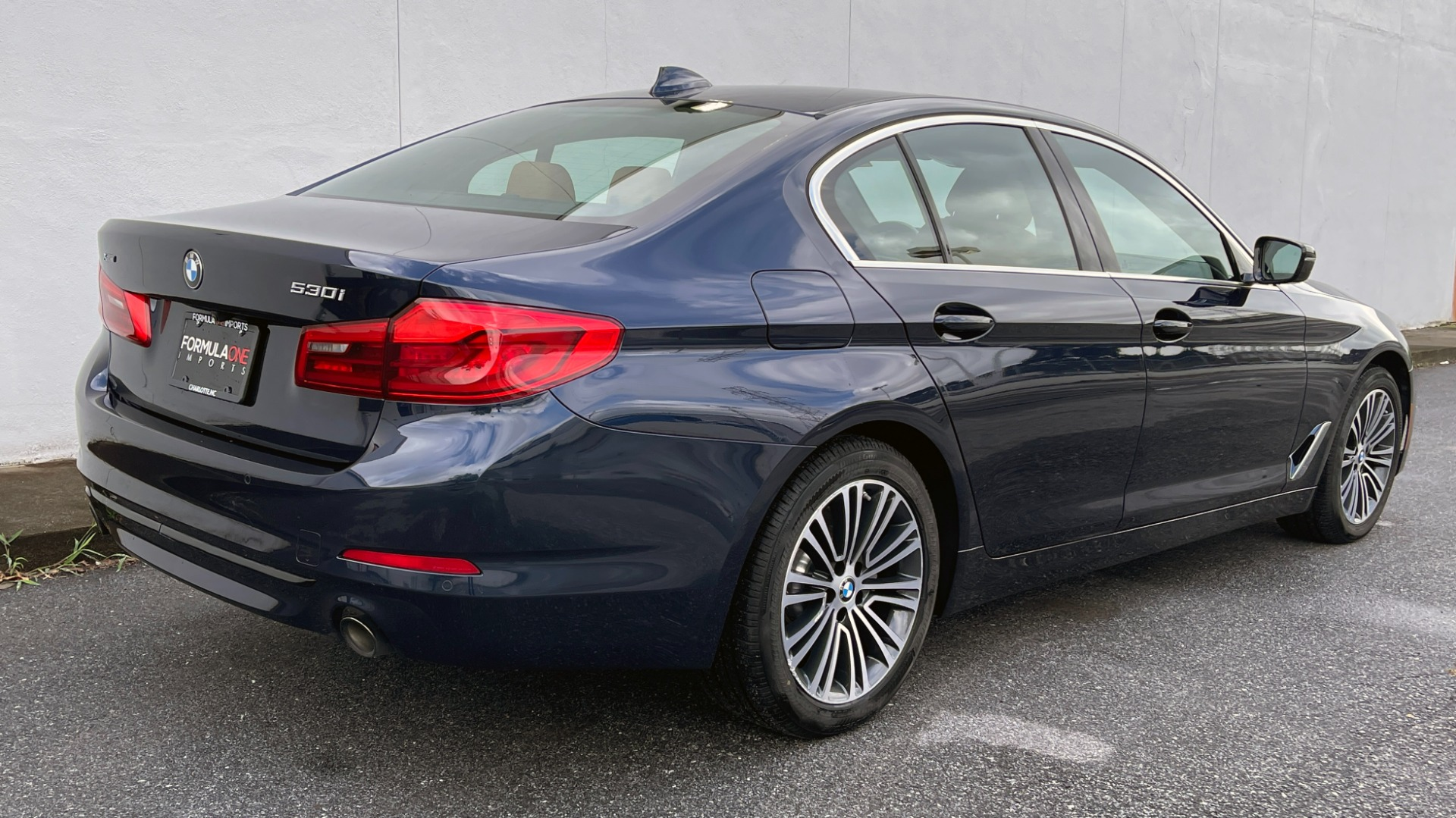 Used 2019 BMW 5 SERIES 530I XDRIVE / CONV PKG / PDC / NAV / SUNROOF / HTD STS / REARIEW for sale $39,595 at Formula Imports in Charlotte NC 28227 4