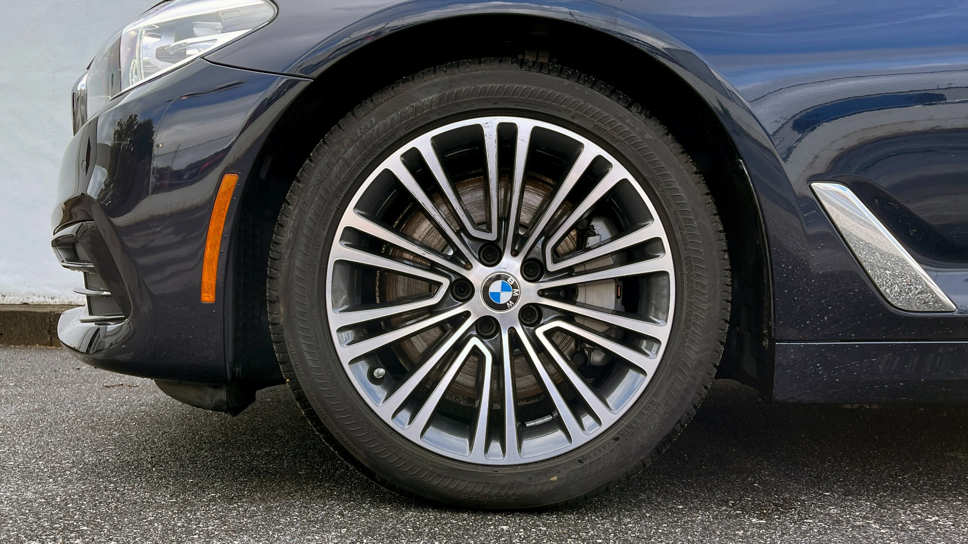 Used 2019 BMW 5 SERIES 530I XDRIVE / CONV PKG / PDC / NAV / SUNROOF / HTD STS / REARIEW for sale $39,595 at Formula Imports in Charlotte NC 28227 64