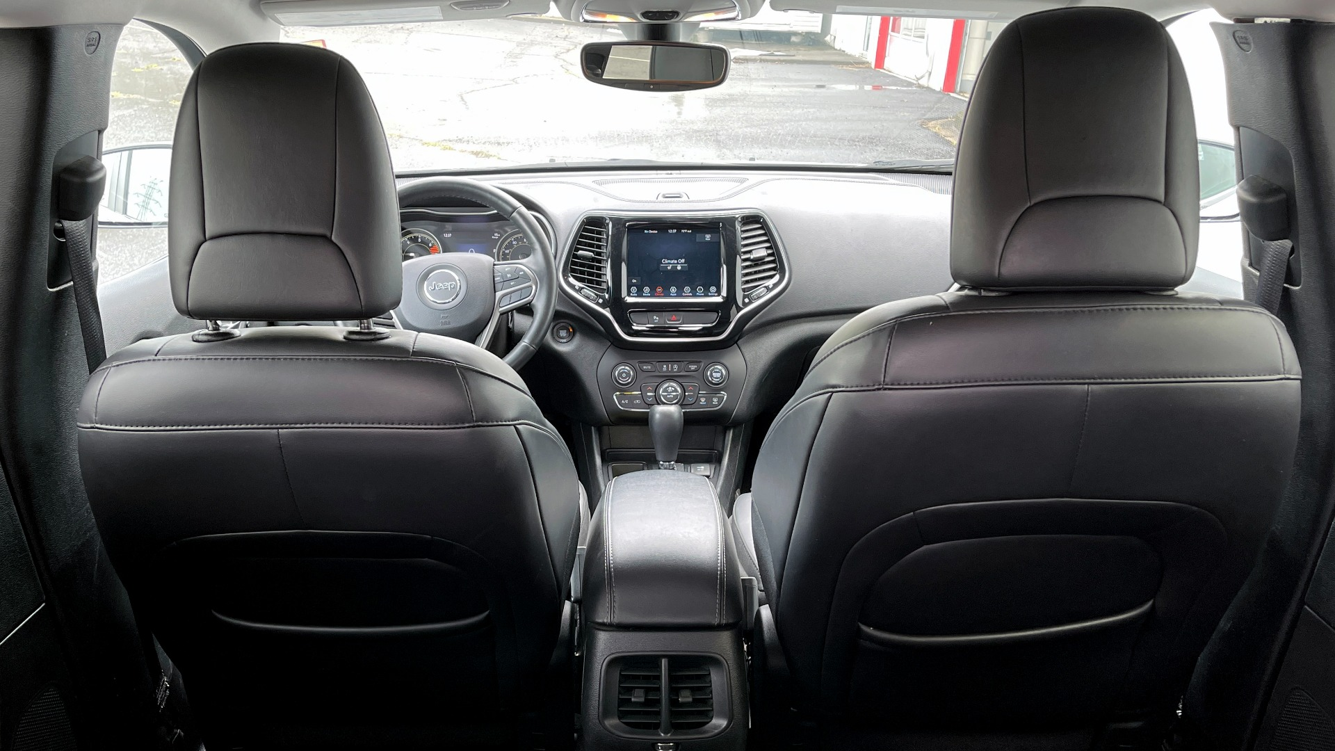 Used 2019 Jeep CHEROKEE LIMITED 2.4L / FWD / APPLE CARPLAY / KEYLESS-GO / REARVIEW for sale $24,395 at Formula Imports in Charlotte NC 28227 18