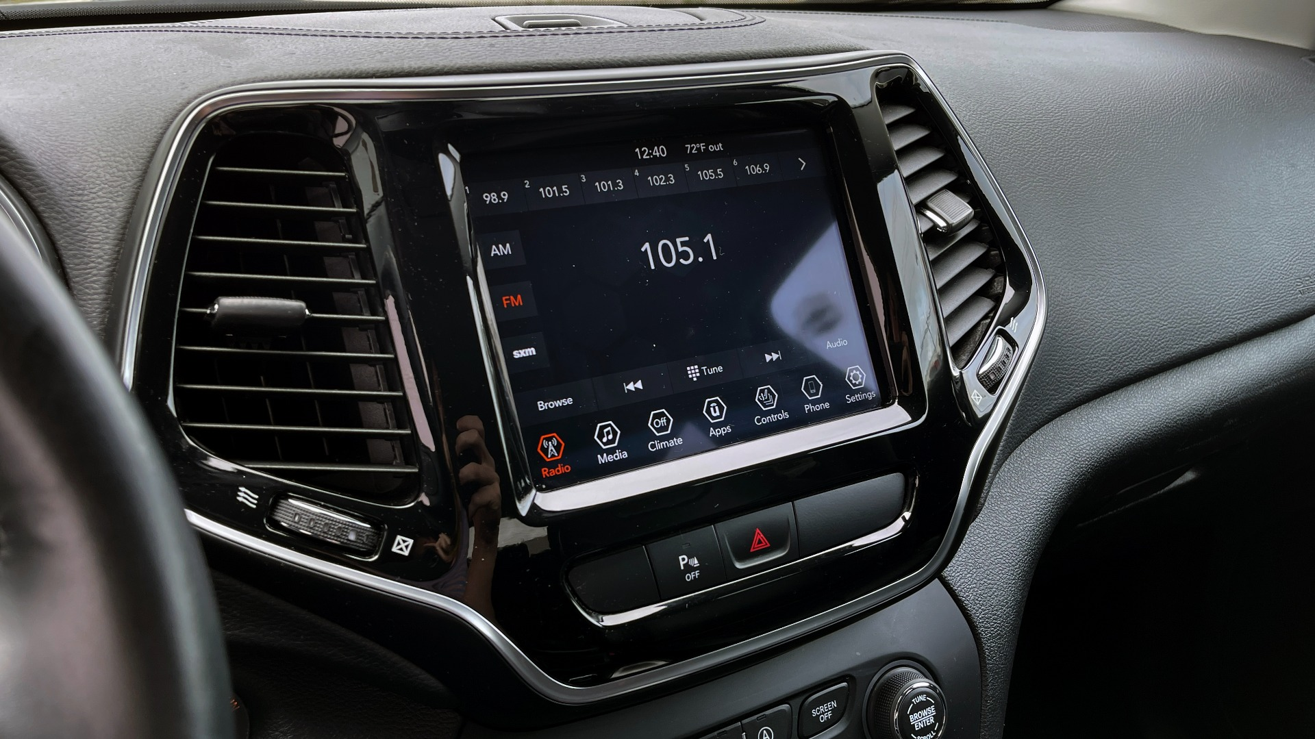 Used 2019 Jeep CHEROKEE LIMITED 2.4L / FWD / APPLE CARPLAY / KEYLESS-GO / REARVIEW for sale $24,395 at Formula Imports in Charlotte NC 28227 37