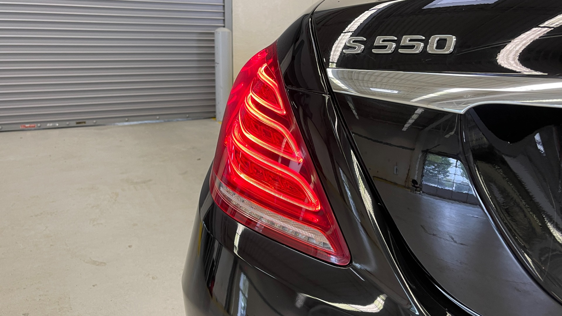 Used 2017 Mercedes-Benz S-CLASS S 550 4MATIC PREMIUM / NAV / BURMESTER / SUNROOF / REARVIEW for sale $58,995 at Formula Imports in Charlotte NC 28227 25