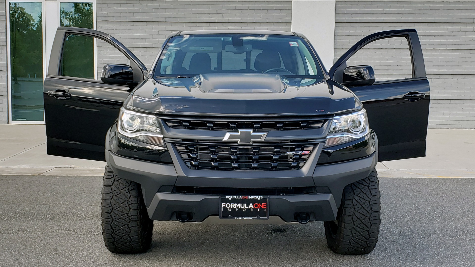 Used 2019 Chevrolet COLORADO 4WD ZR2 / 3.6L V6 / 8-SPD AUTO / CREWCAB / LEATHER / BOSE / REARVIEW for sale $41,995 at Formula Imports in Charlotte NC 28227 21