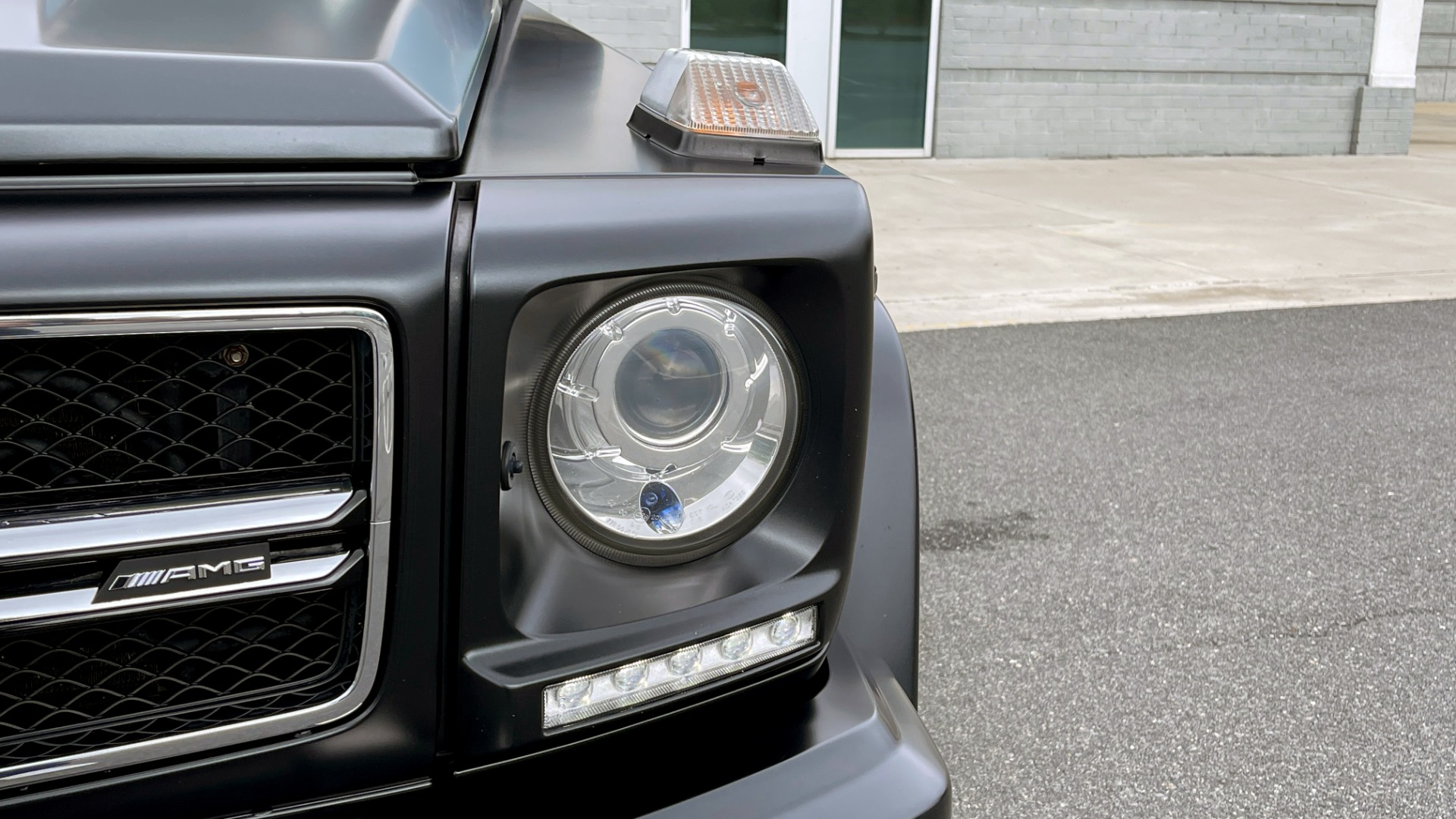 Used 2017 Mercedes-Benz G-CLASS AMG G 63 / DESIGNO PKG / NAV / SUNROOF / H/K SND / REARVIEW for sale $124,999 at Formula Imports in Charlotte NC 28227 21