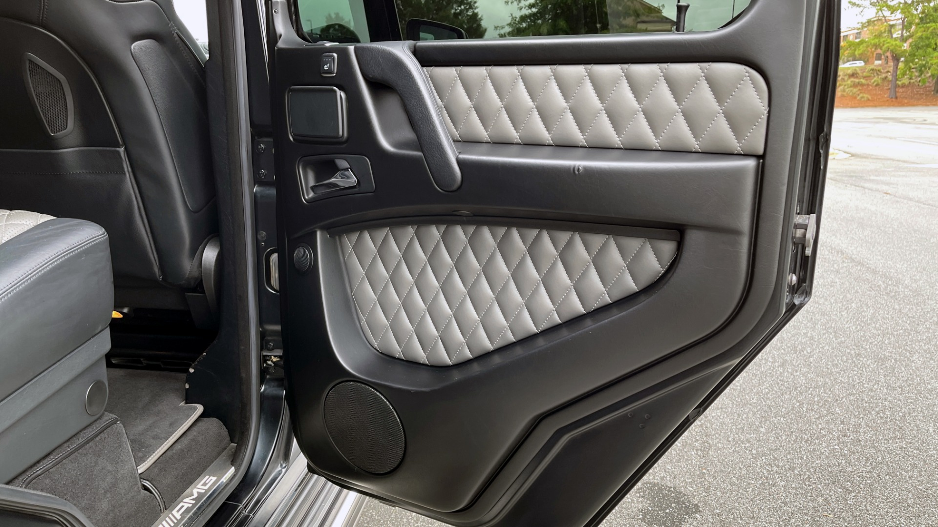 Used 2017 Mercedes-Benz G-CLASS AMG G 63 / DESIGNO PKG / NAV / SUNROOF / H/K SND / REARVIEW for sale $124,999 at Formula Imports in Charlotte NC 28227 46
