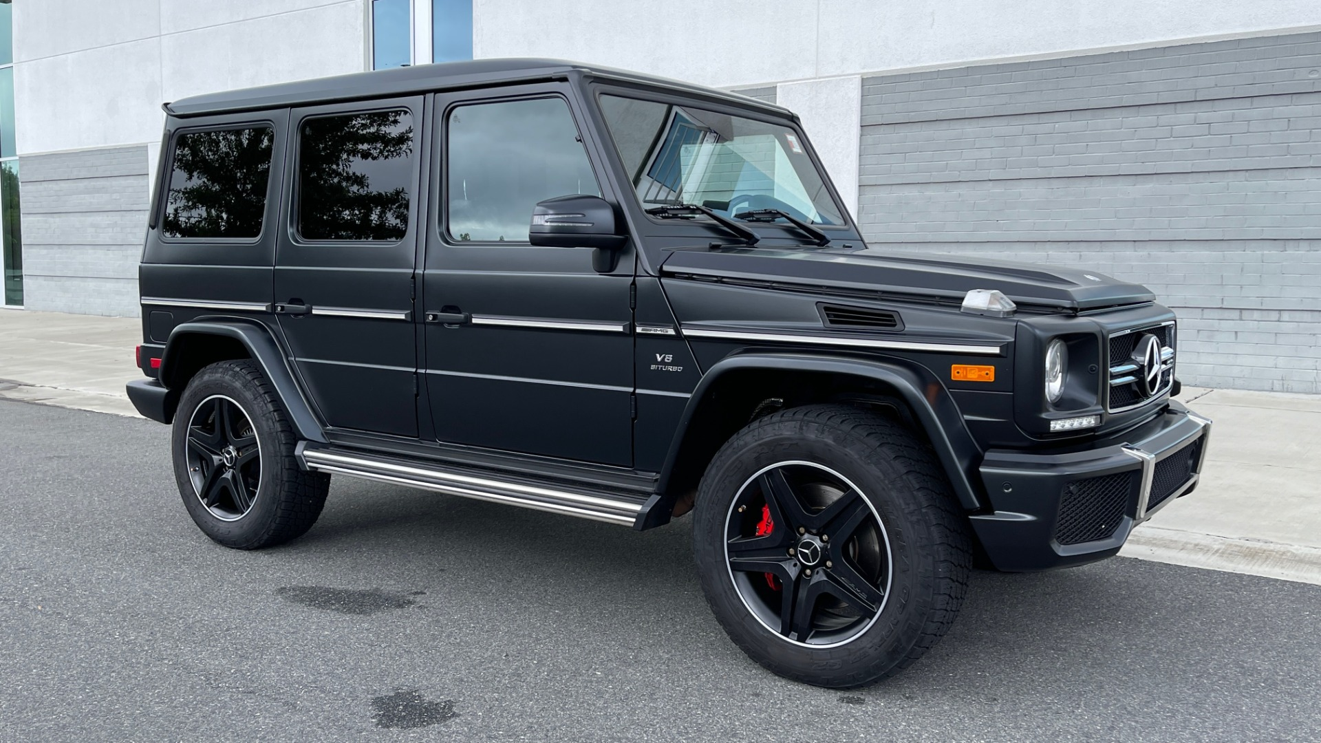 Used 2017 Mercedes-Benz G-CLASS AMG G 63 / DESIGNO PKG / NAV / SUNROOF / H/K SND / REARVIEW for sale $124,999 at Formula Imports in Charlotte NC 28227 5
