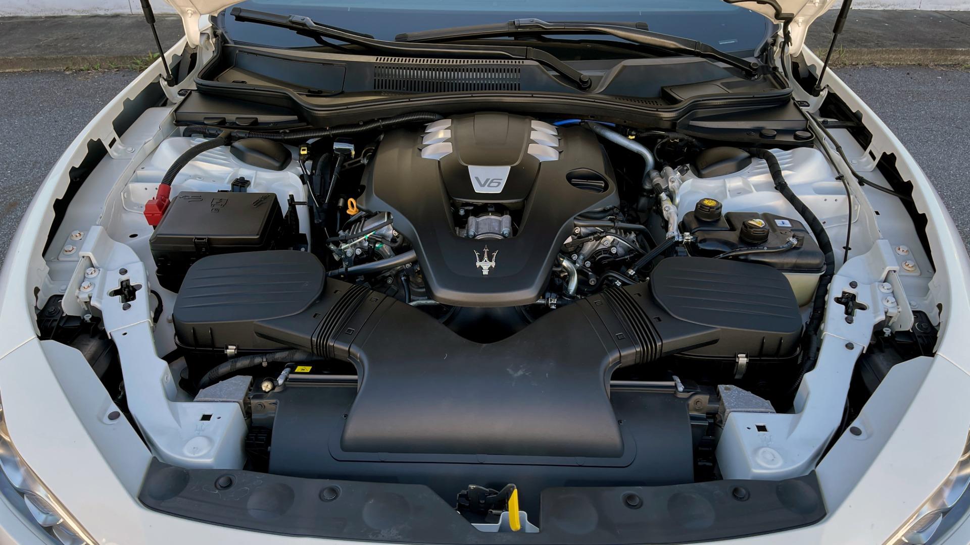 Used 2018 Maserati GHIBLI SEDAN / RWD / 3.0L V6 / SUNROOF / NAV / REARVIEW for sale $42,995 at Formula Imports in Charlotte NC 28227 12