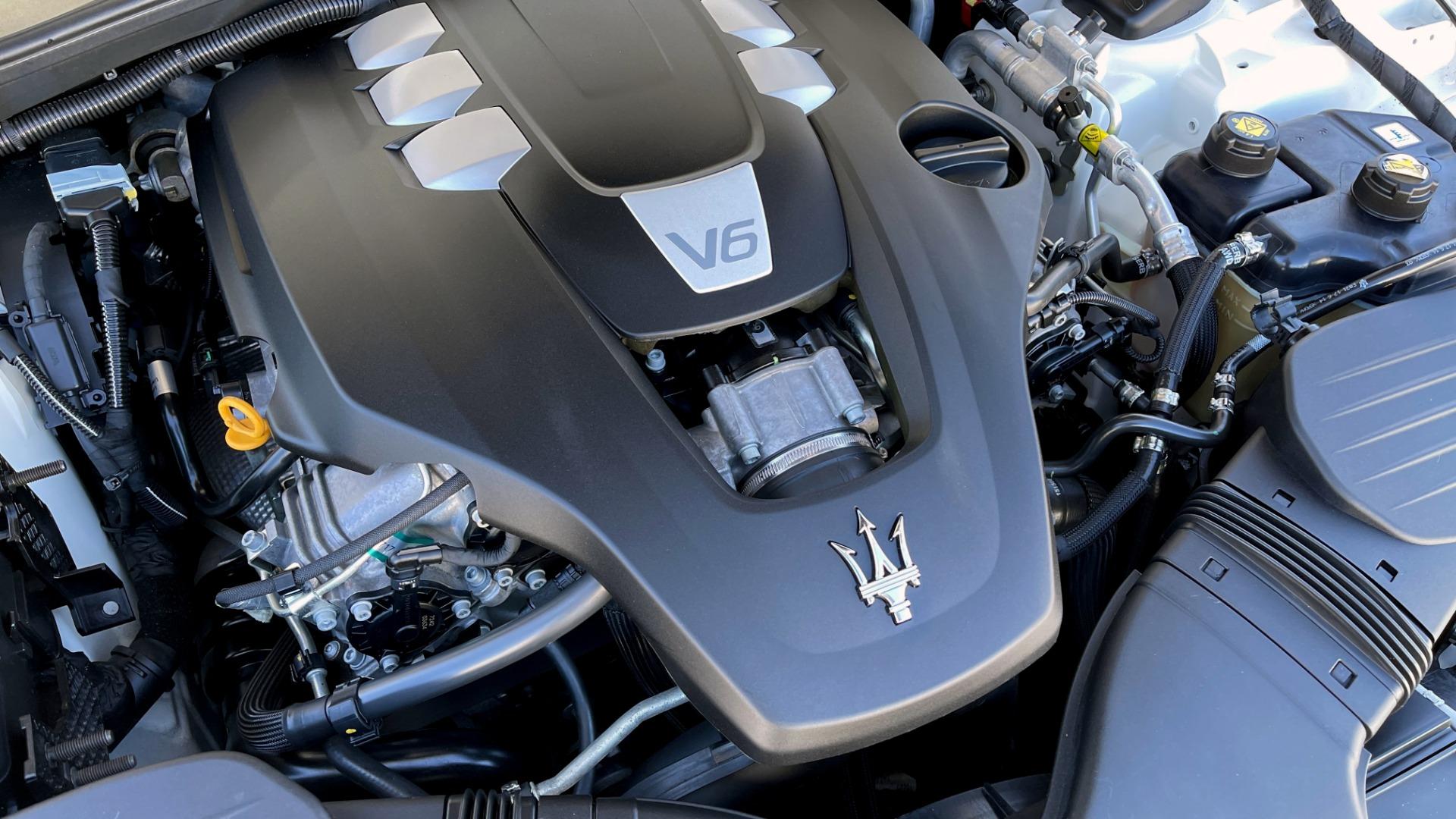 Used 2018 Maserati GHIBLI SEDAN / RWD / 3.0L V6 / SUNROOF / NAV / REARVIEW for sale $42,995 at Formula Imports in Charlotte NC 28227 13
