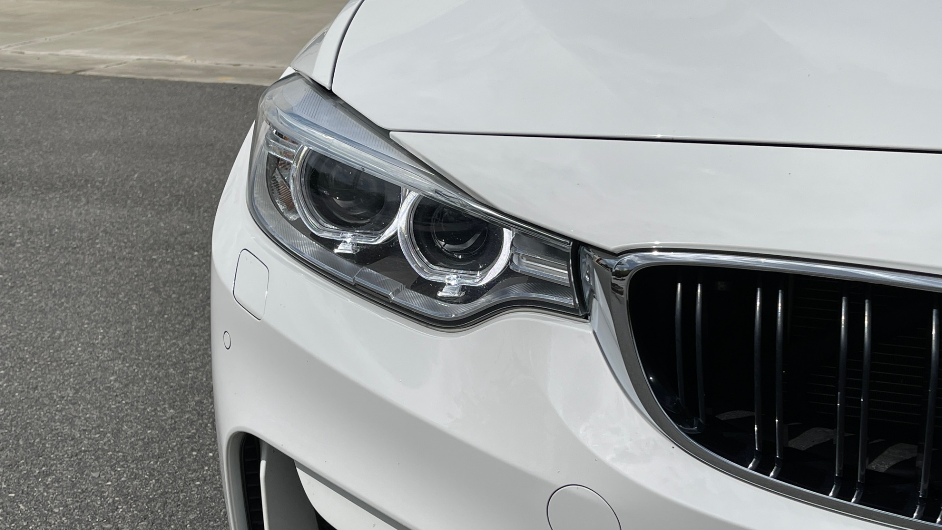 Used 2016 BMW M4 CONVERTIBLE 3.0L / 7-SPD AUTO / EXECUTIVE / ADAPT M SUSP / REARVIEW for sale $53,999 at Formula Imports in Charlotte NC 28227 25
