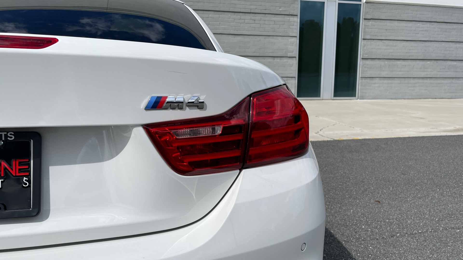 Used 2016 BMW M4 CONVERTIBLE 3.0L / 7-SPD AUTO / EXECUTIVE / ADAPT M SUSP / REARVIEW for sale $53,999 at Formula Imports in Charlotte NC 28227 36